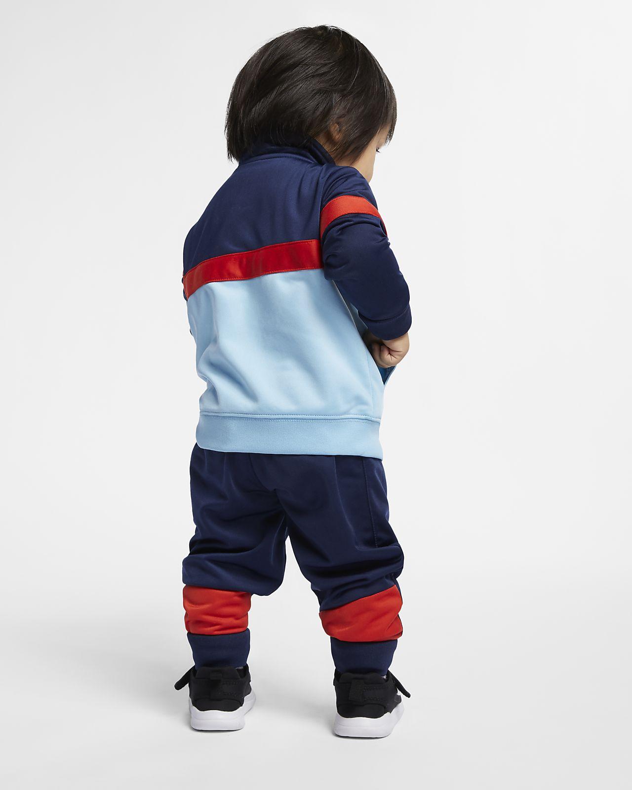 963048b93dd4e Nike Sportswear Baby (12-24M) 2-Piece Set. Nike.com