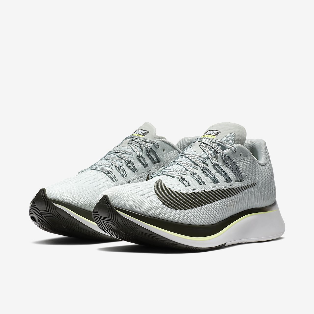 ... Chaussure de running Nike Zoom Fly pour Femme