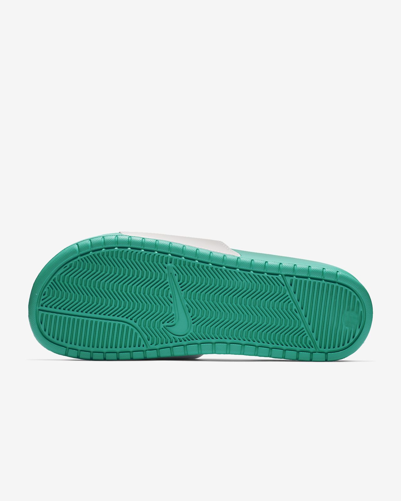 the best attitude 0d4a9 132a1 Low Resolution Nike Benassi Badeslipper Nike Benassi Badeslipper