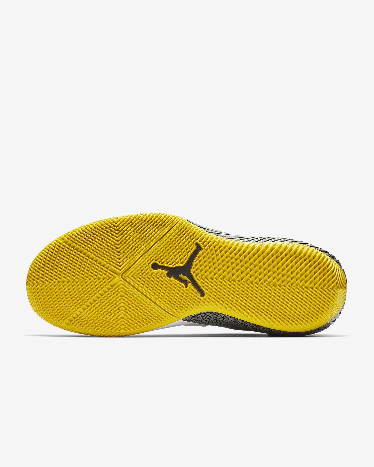 sale retailer a29d7 e5810 Zer0.1 CHAOS Men s Basketball Shoe