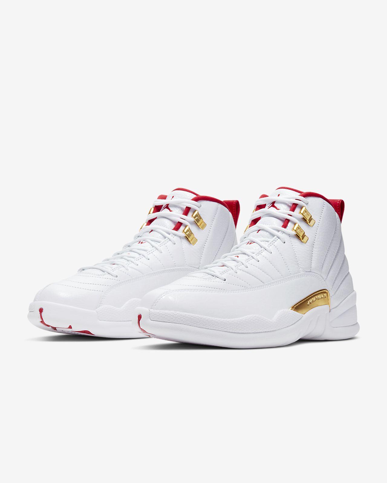 vente chaude en ligne 6acf2 dd9ac Air Jordan 12 Retro Men's Shoe