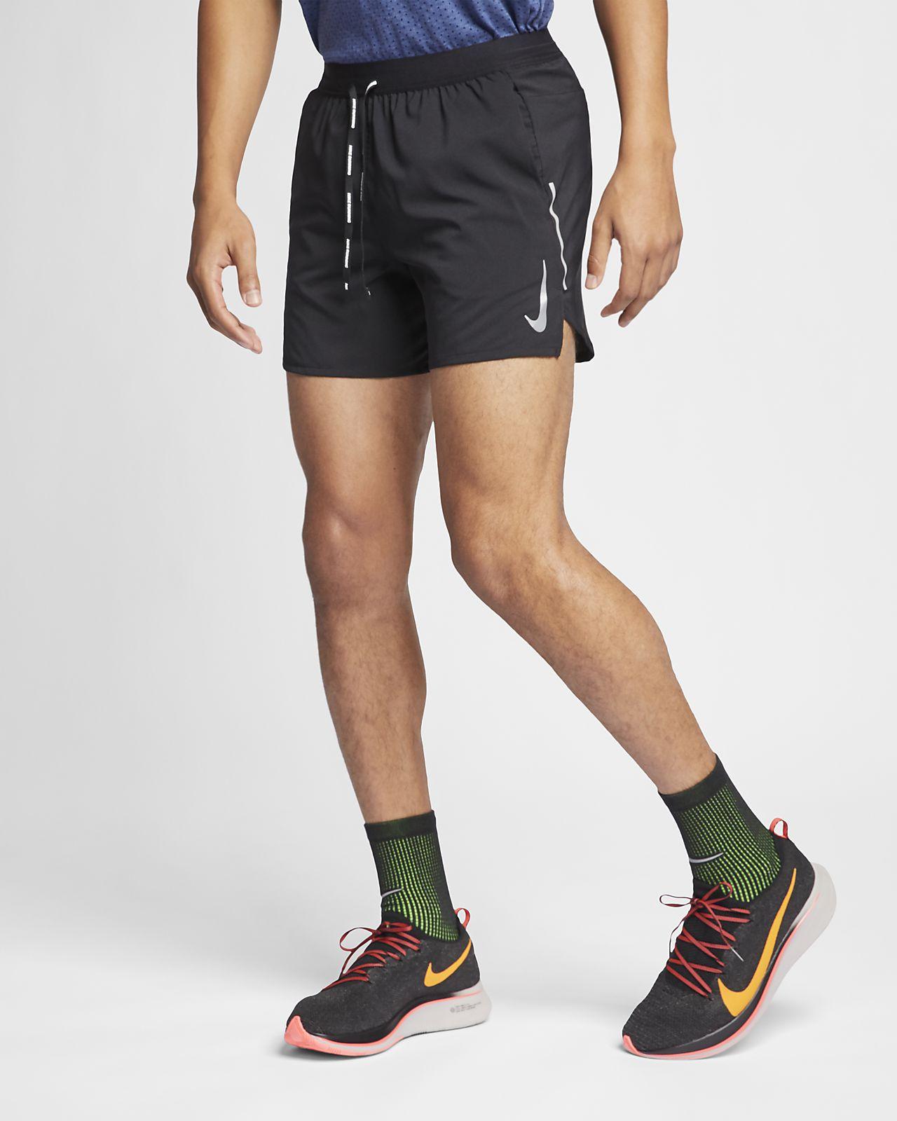 "Nike Flex Stride 男款 5"" 跑步短褲"