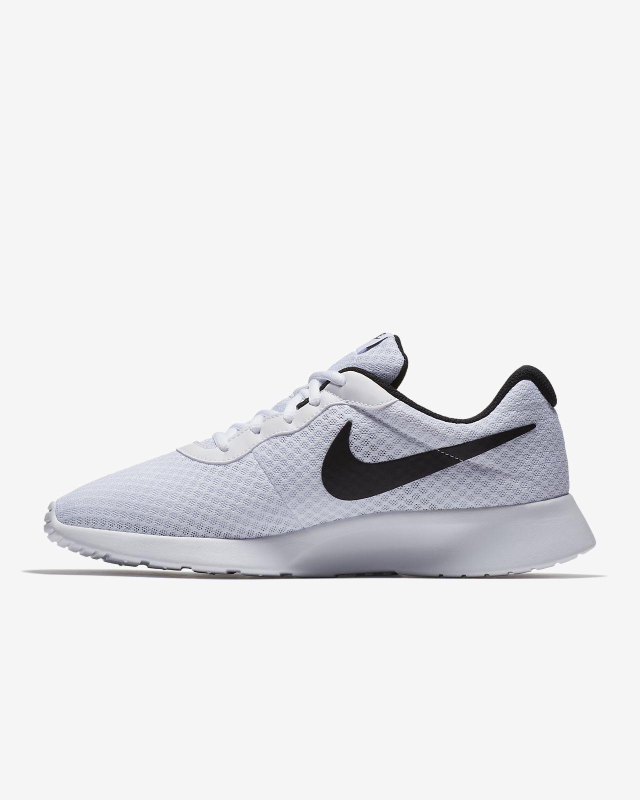 Chaussures Pour Hommes Nike Tanjun 812654 011 Noir running