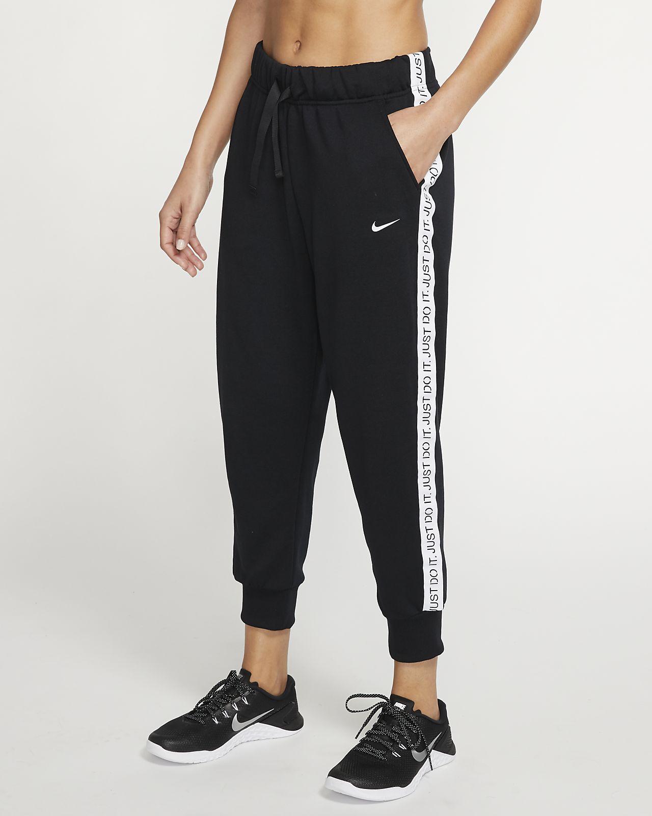 Nike Dri-FIT Get Fit-7/8-fleecetræningsbukser af fleece til kvinder