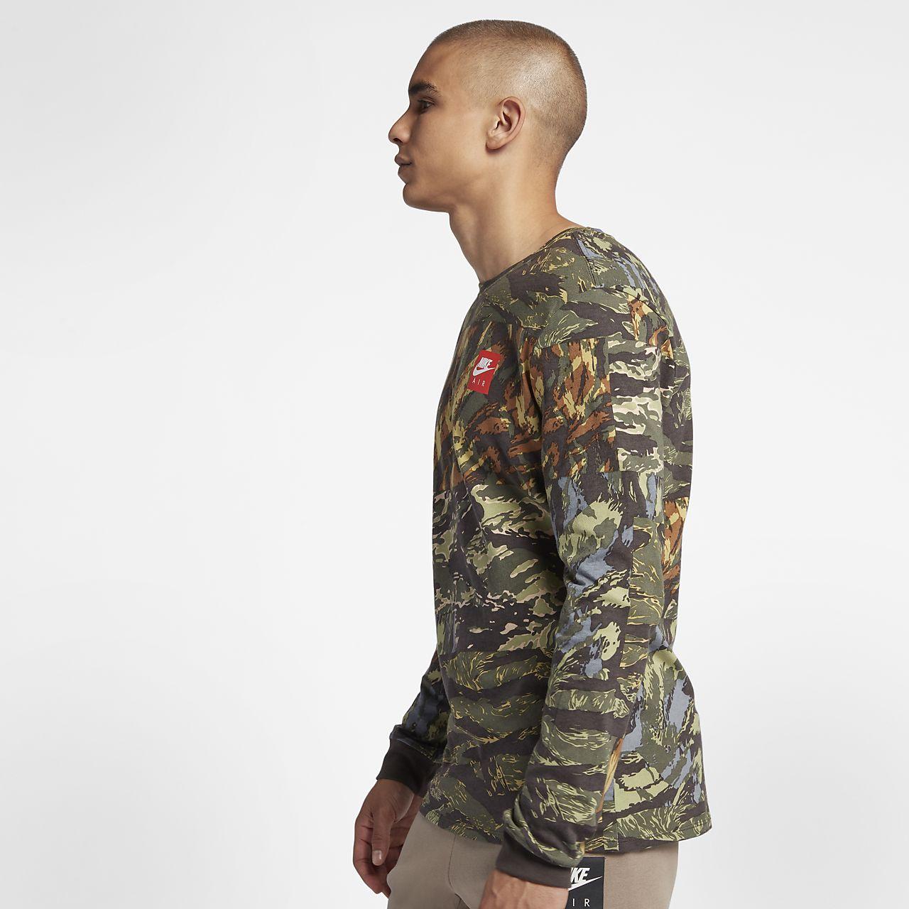 373a39f1e394 Nike Sportswear Men s Printed T-Shirt. Nike.com
