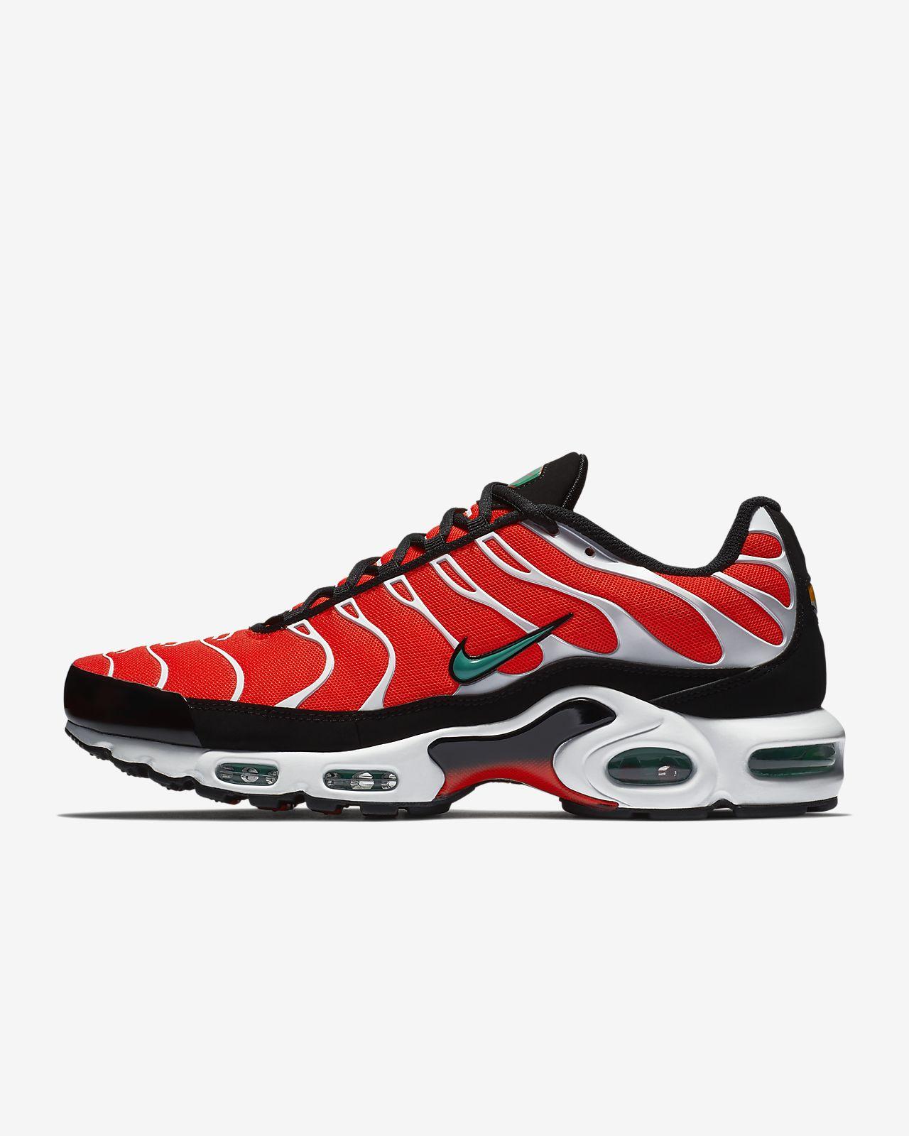 รองเท้าผู้ชาย Nike Air Max Plus