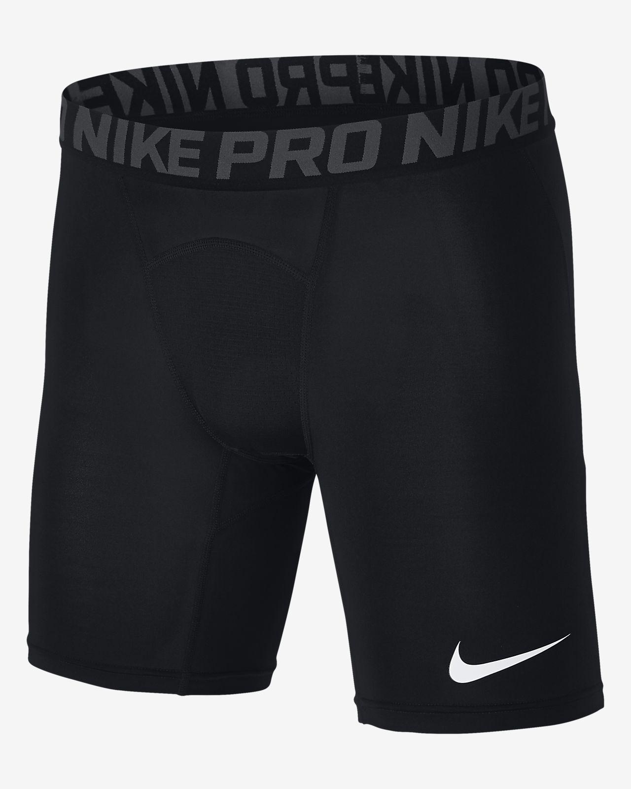Nike Pro 15 cm Erkek Antrenman Şortu