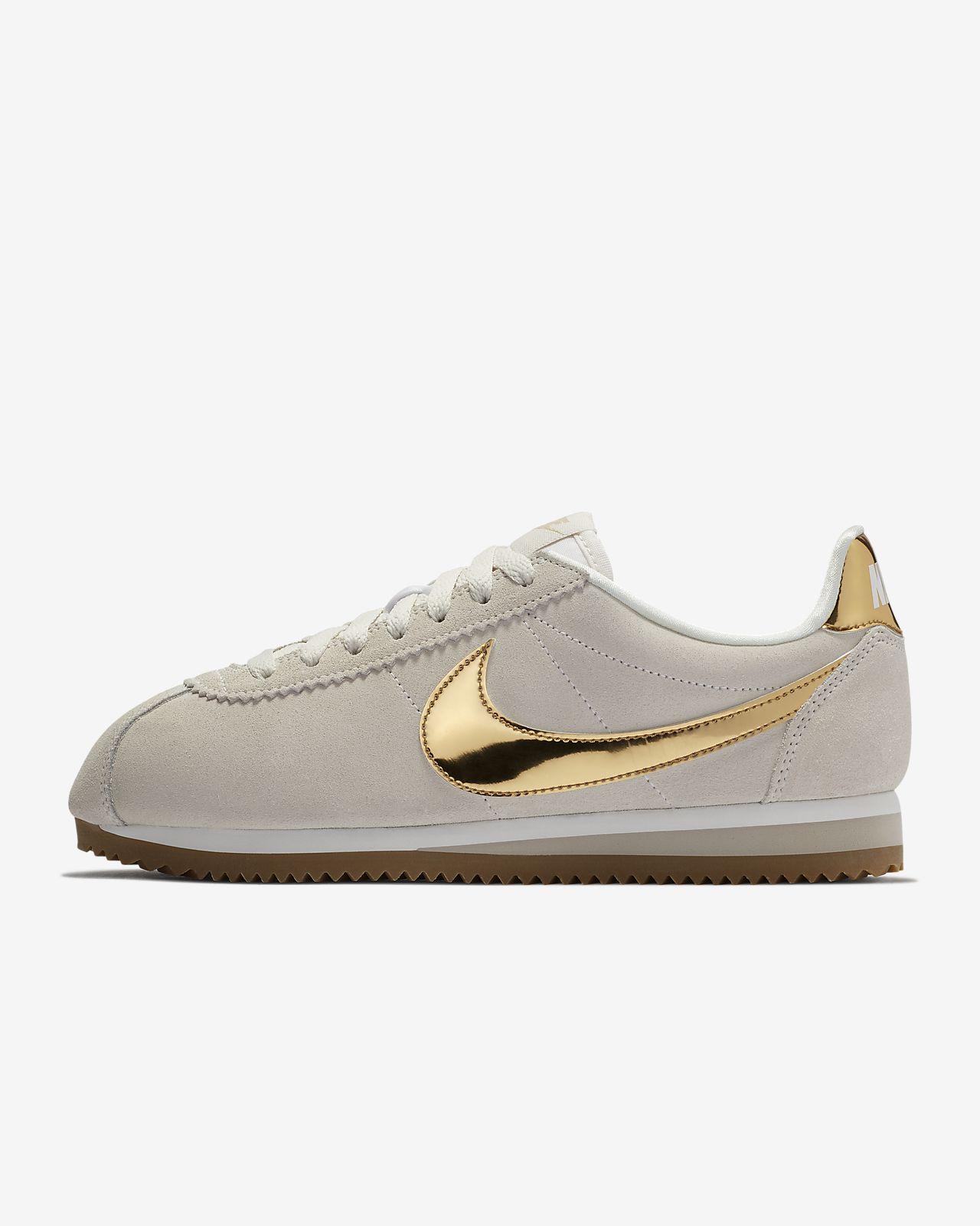 buy popular 2558c 0bde1 Women s Shoe. Nike Cortez SE
