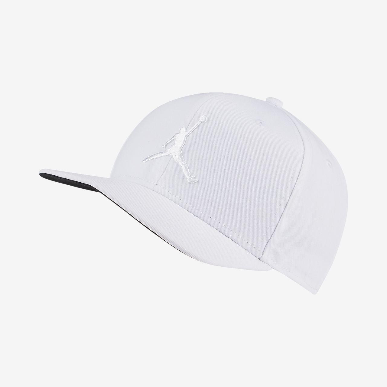 e3a18173f009b9 Jordan Pro Jumpman Snapback Hat. Nike.com