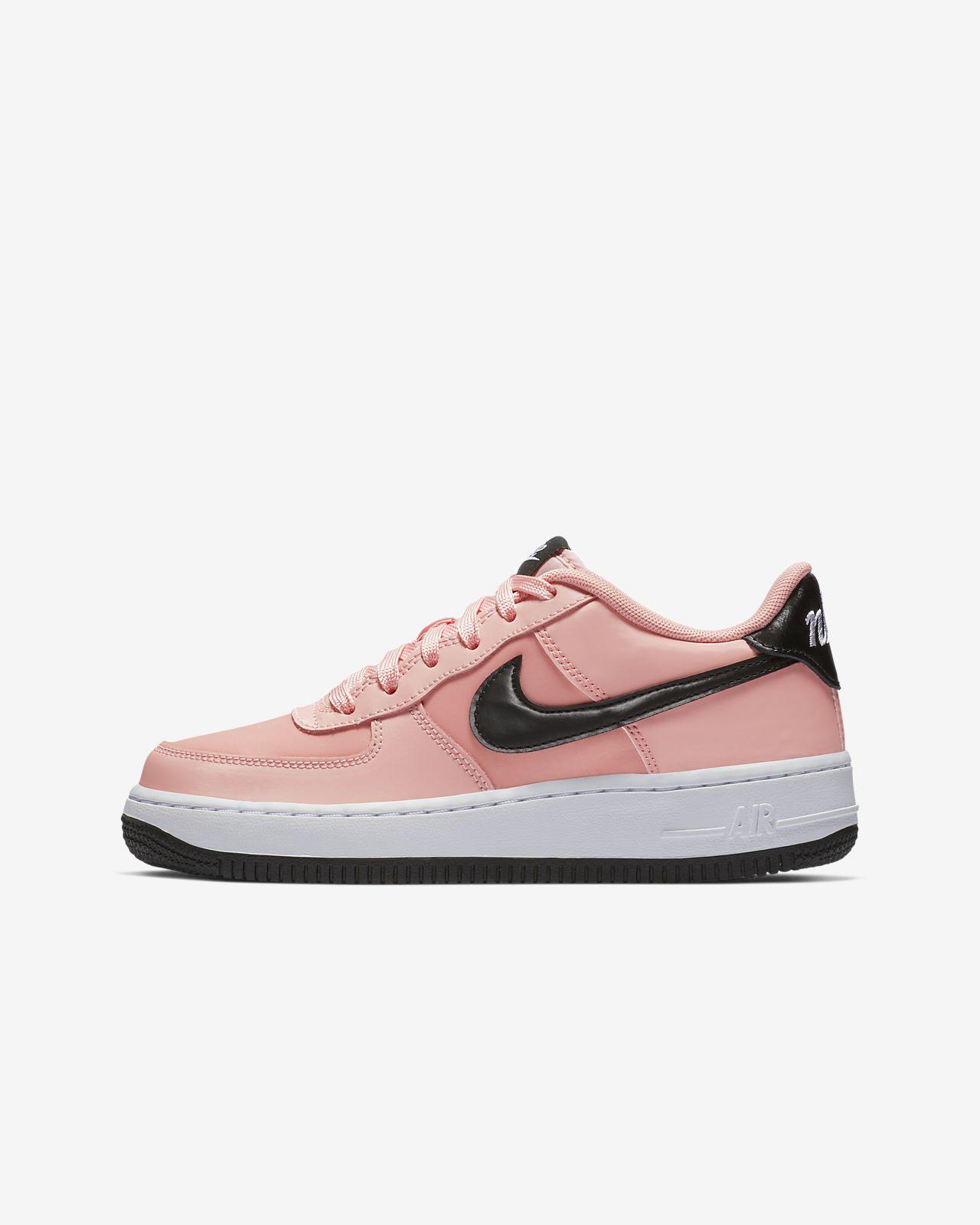 Nike Air Force 1 VDAY Older Kids' Shoe