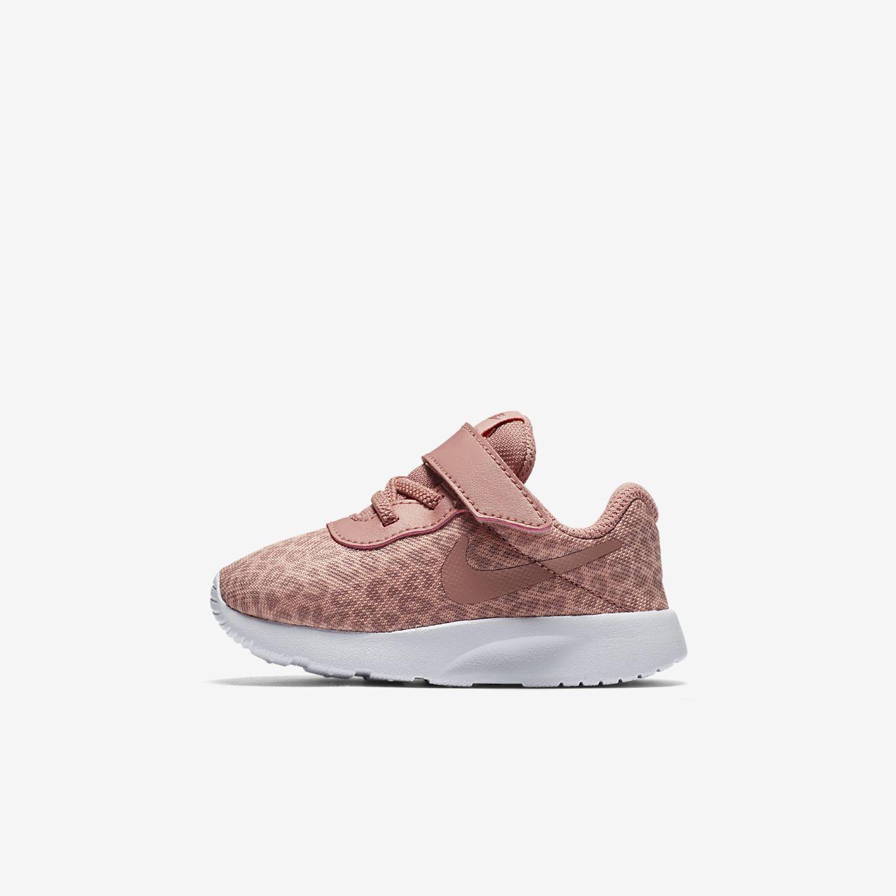 22a9fe31fcd ... tenis nike tanjun gris y blanco f271a 22c10 sale calzado para bebés nike  tanjun print c44a9 f115c ...