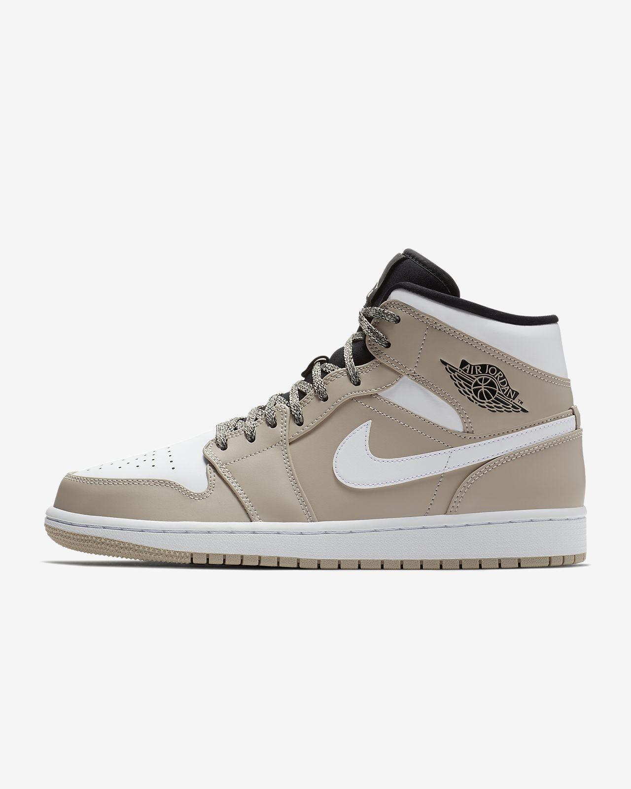 Nike Air Jordan 1 Mid Men's Lifestyle Shoes Black/White/Grey wN6735G