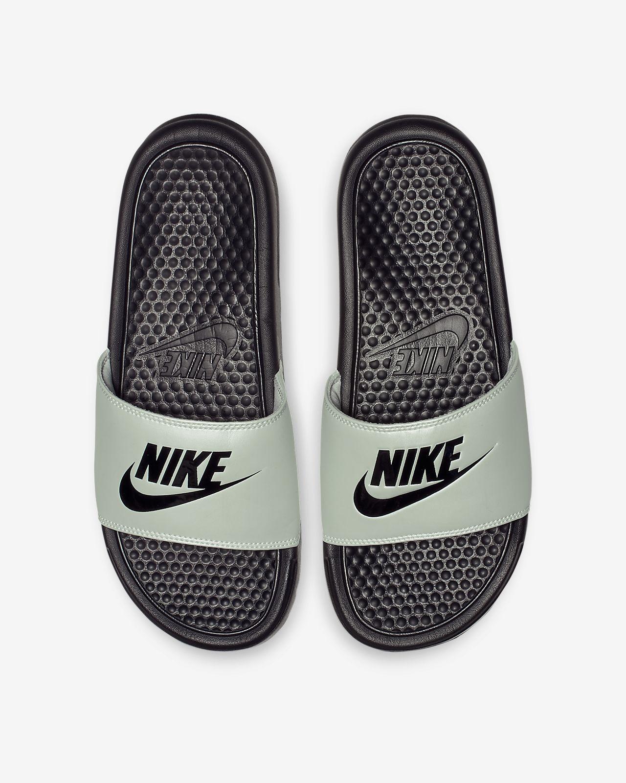 59dadd77432b1 Low Resolution Nike Benassi Women s Slide Nike Benassi Women s Slide