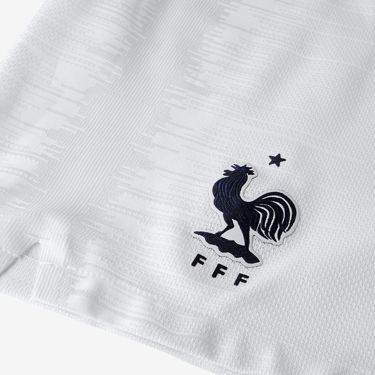 0056cea2 2018 FFF Vapor Match Home Men's Football Shorts. Nike.com SI