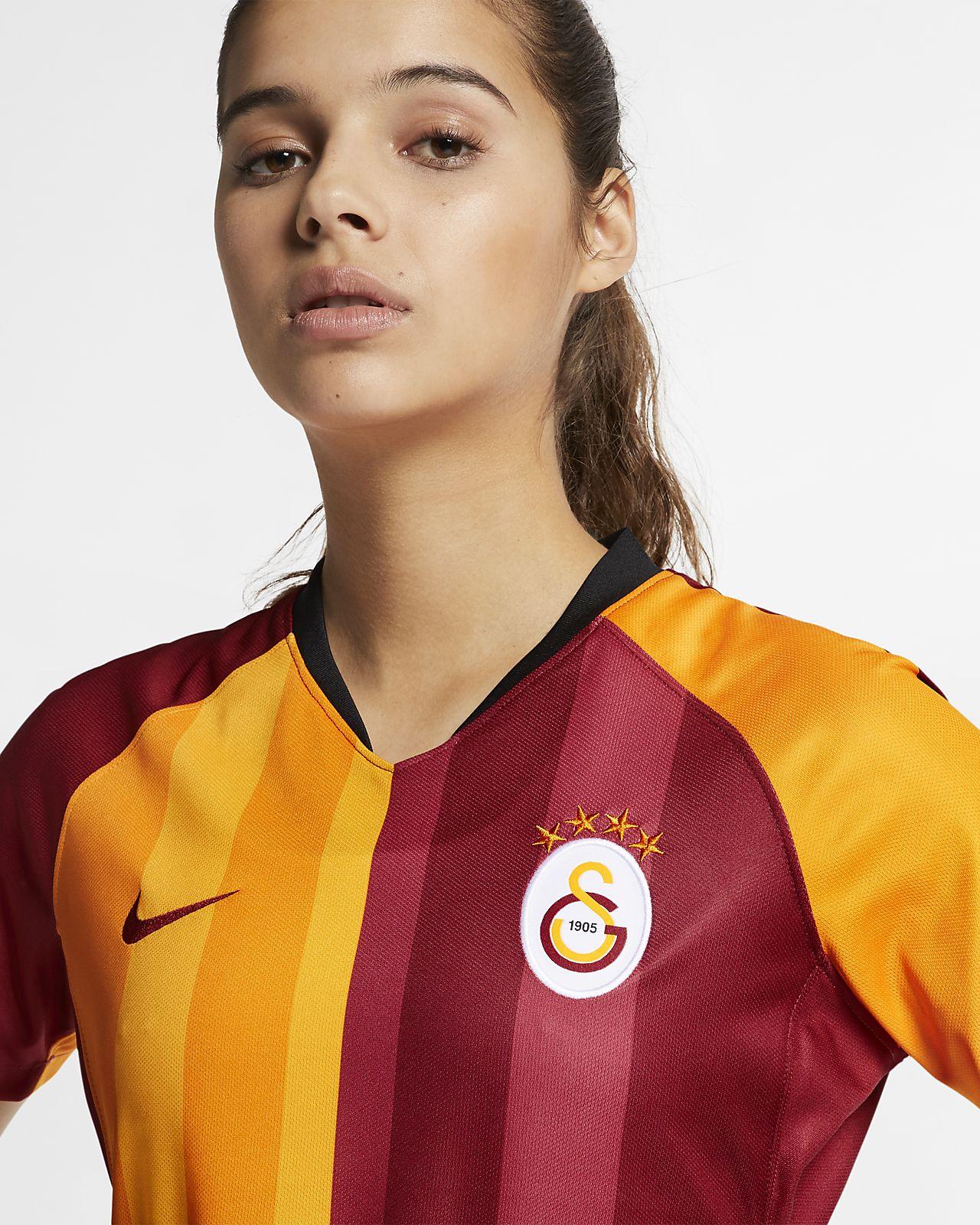 e113349af Galatasaray 2019/20 Stadium Home Women's Football Shirt. Nike.com ZA