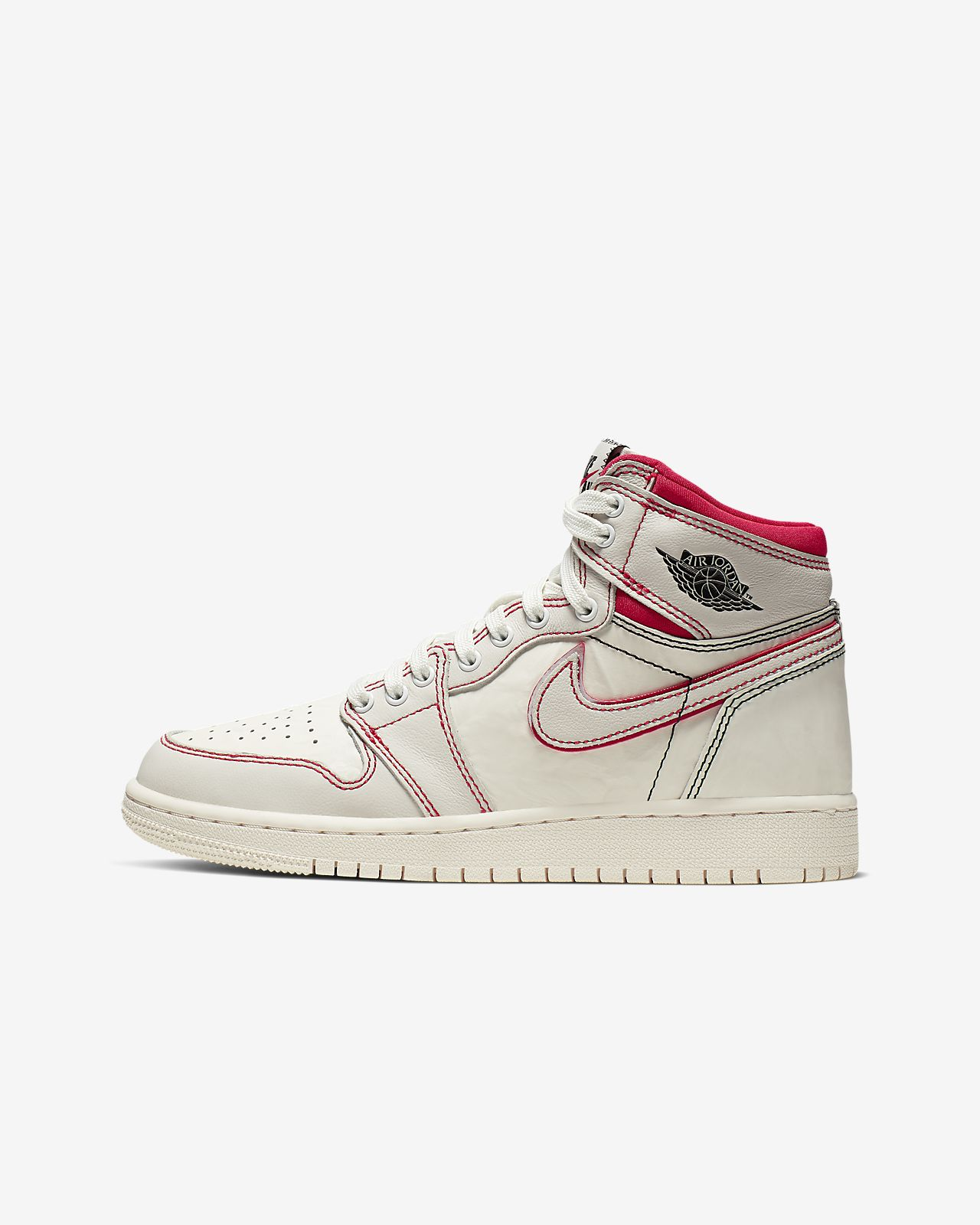uk availability 91ed0 c2641 ... Air Jordan 1 Retro High OG Boys  Shoe