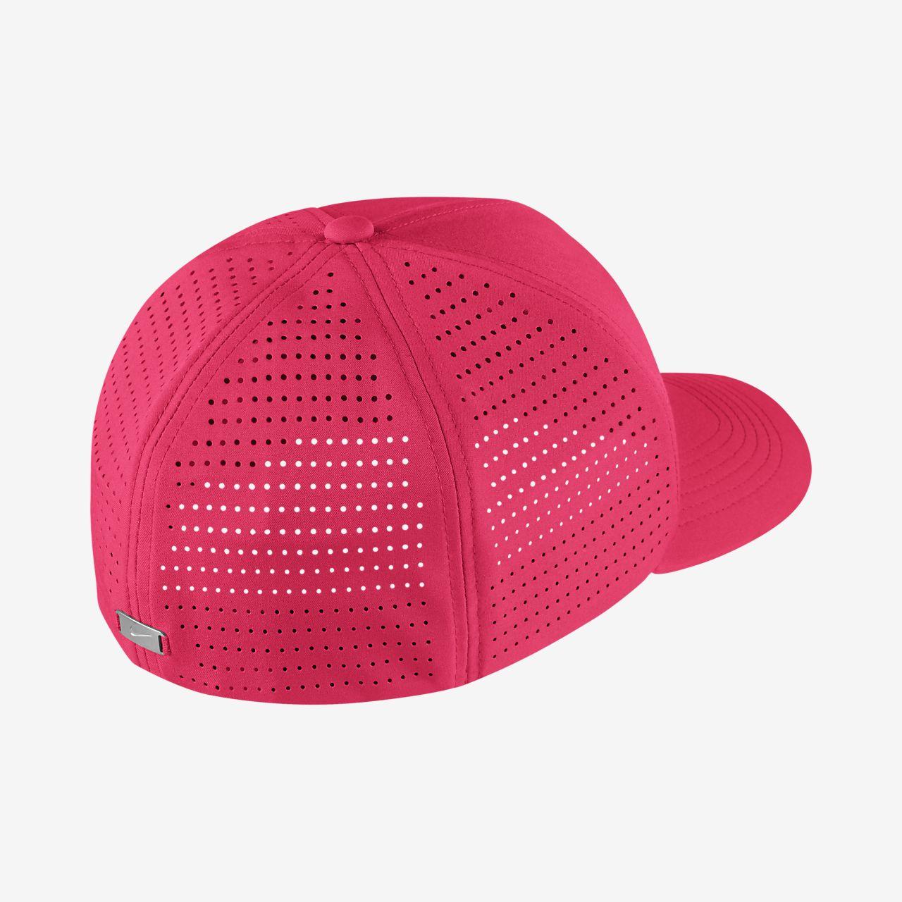e4222620 Nike AeroBill Classic 99 Fitted Golf Hat. Nike.com MA