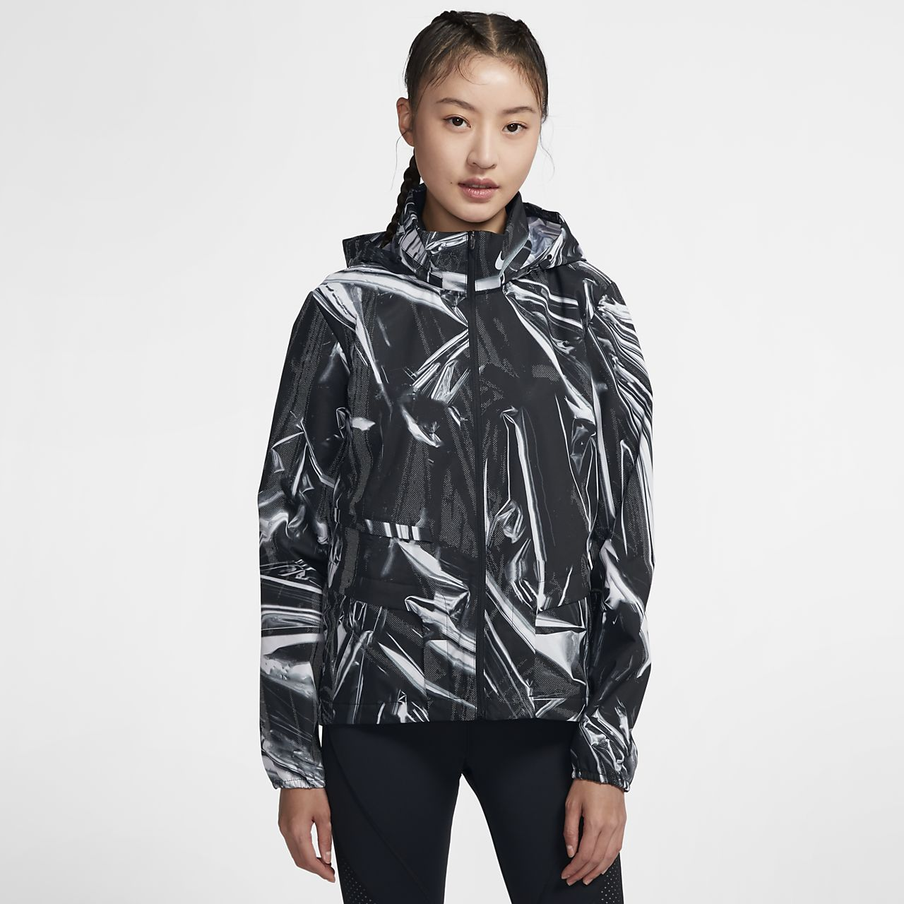 เสื้อแจ็คเก็ตวิ่งผู้หญิงซิปยาว Nike Shield