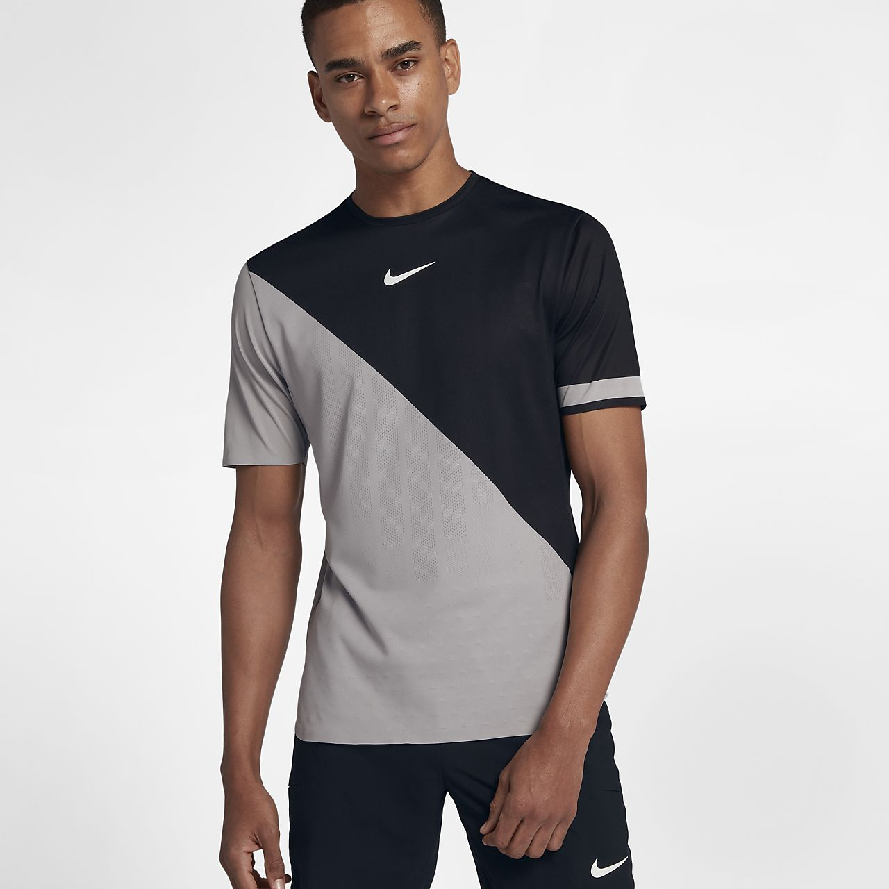 ... NikeCourt Zonal Cooling Challenger Men's Short Sleeve Tennis Top