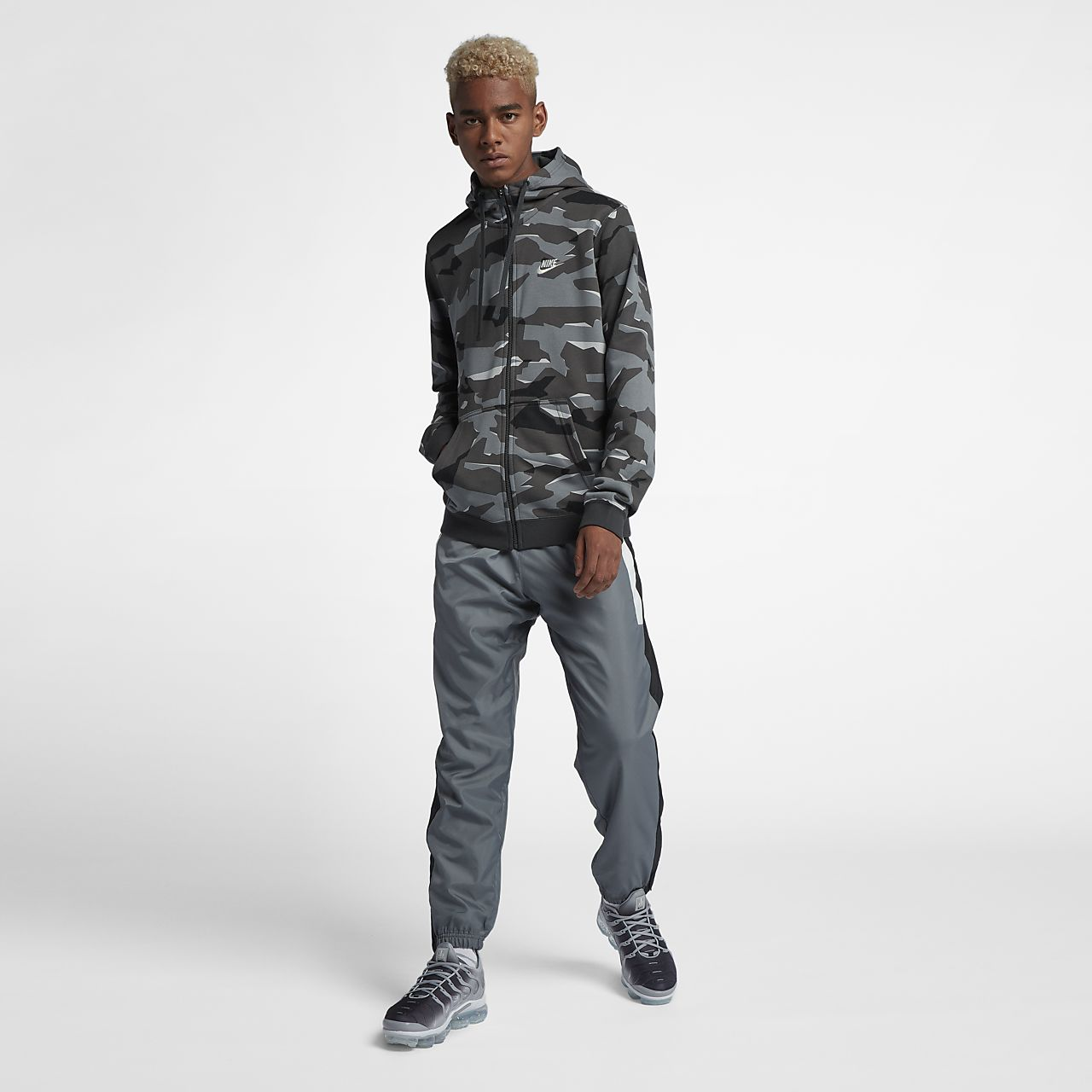 4c4897a1c791 Nike Sportswear Club Fleece Men s Full-Zip Camo Hoodie. Nike.com CA