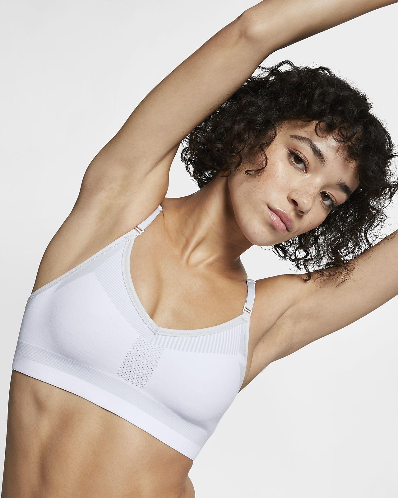 Nike Flyknit Indy Tech Pack sports-BH med middels støtte til dame