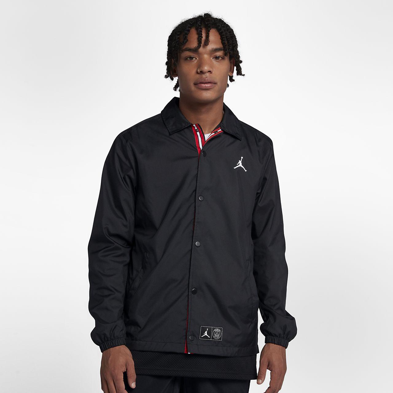 fcede588f00f64 Paris Saint-Germain Coaches Men s Jacket. Nike.com ID