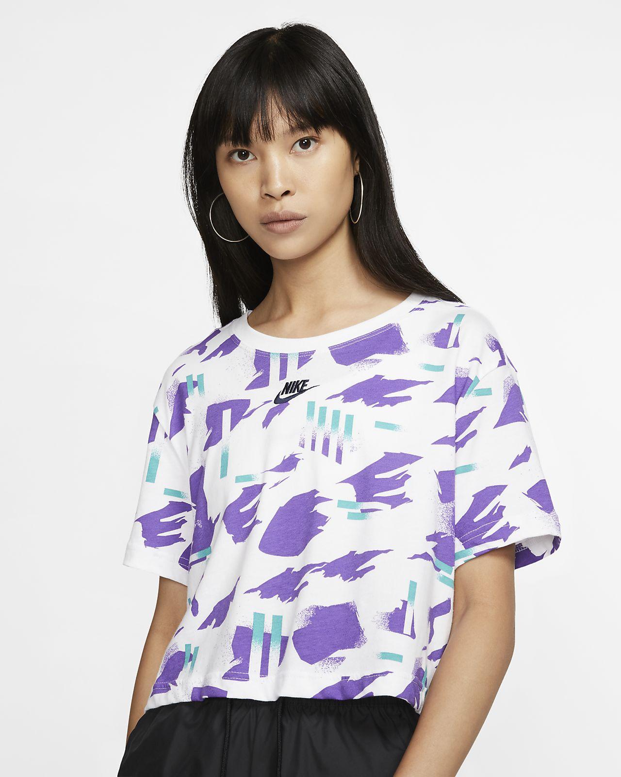 Nike Sportswear-kort T-shirt til kvinder