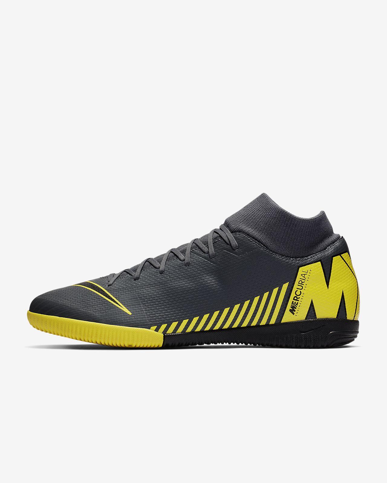 new concept 462cc f26cd ... Chaussure de football en salle à crampons Nike SuperflyX 6 Academy IC