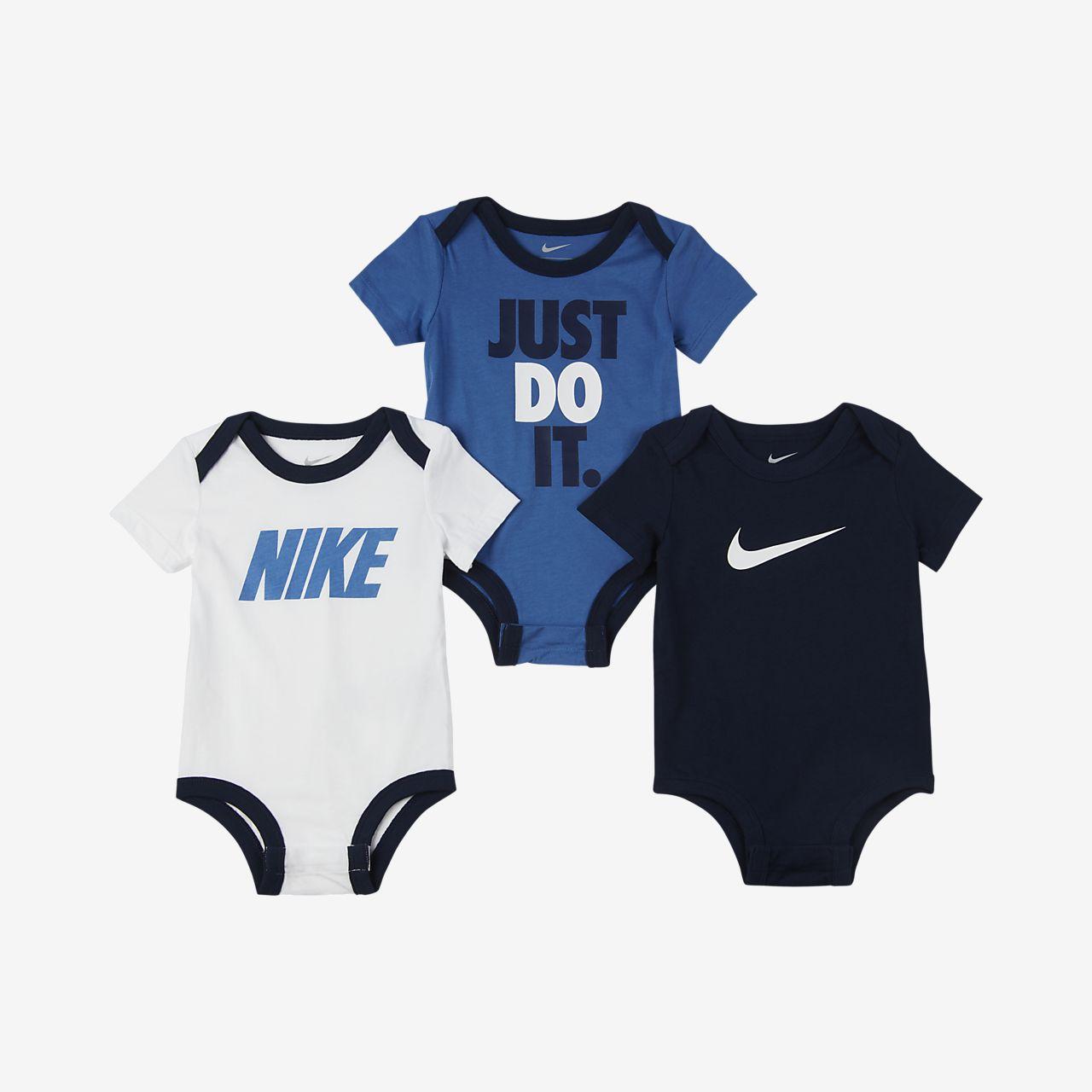 Σετ ολόσωμα κορμάκια Nike για βρέφη (0-9M) (3 τεμάχια)