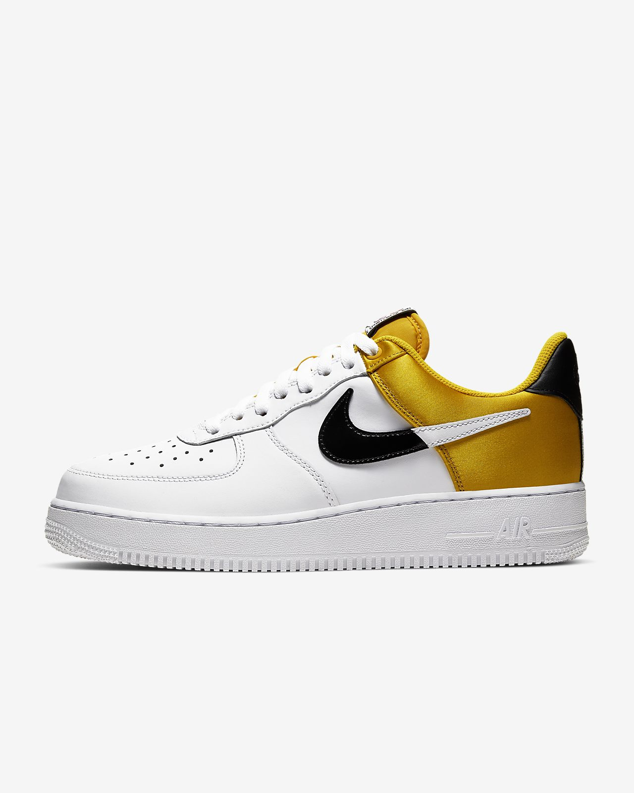 Calzado Nike Air Force 1 NBA Low