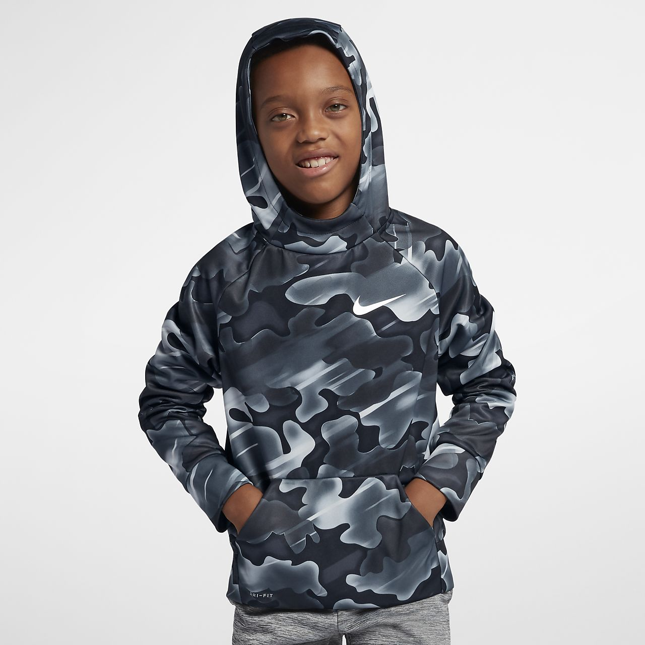 ce7646505 Nike Therma Big Kids' (Boys') Printed Training Pullover Hoodie. Nike.com