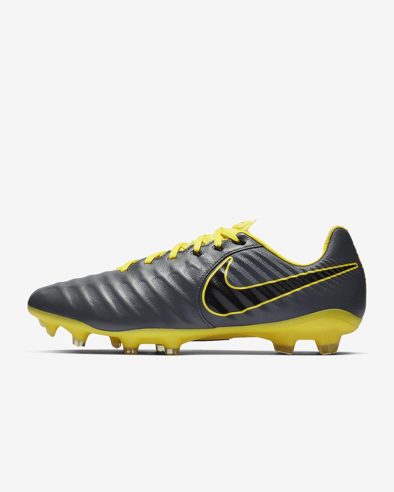Chaussure de football à crampons pour terrain sec Nike Legend 7 Pro FG