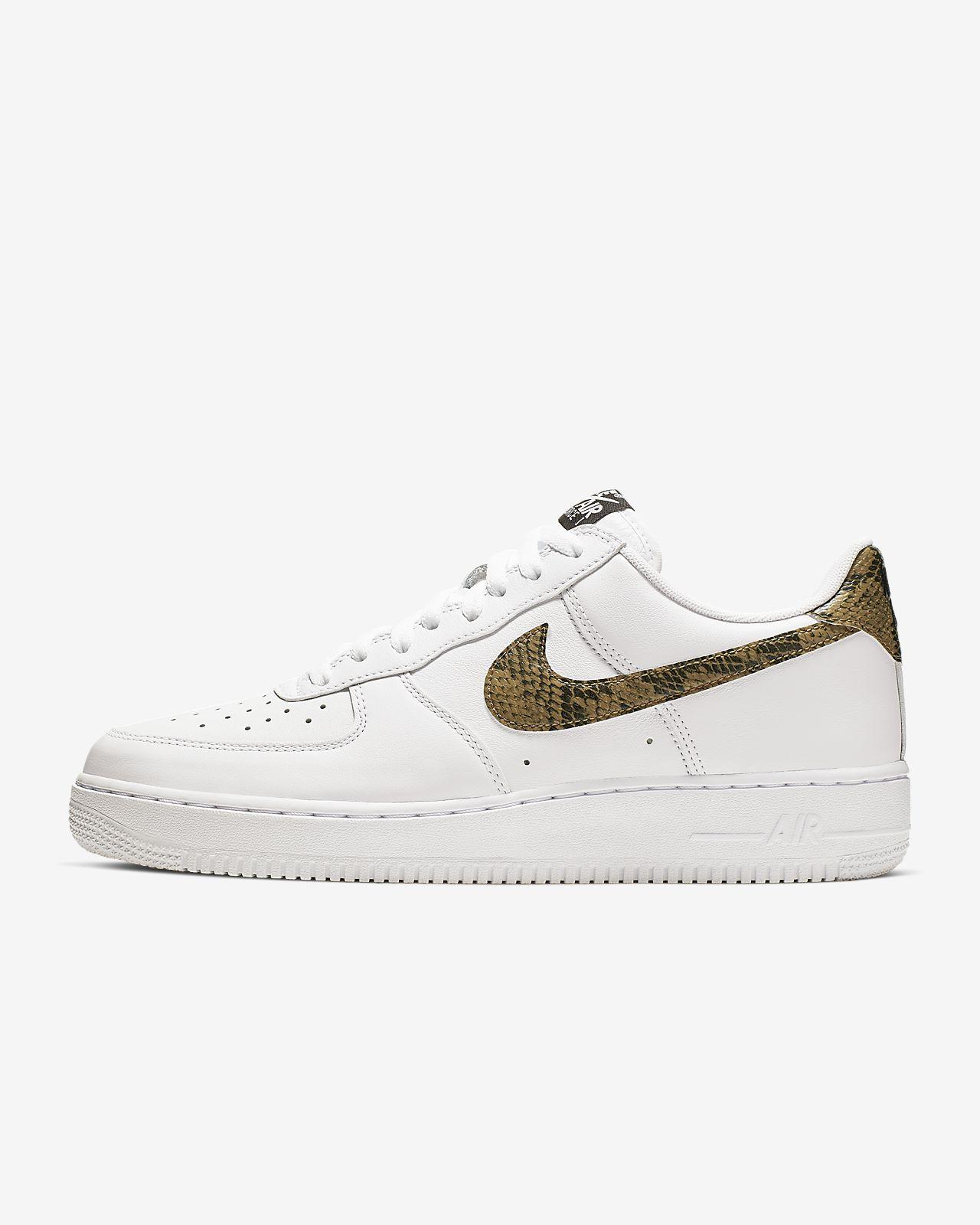 รองเท้าผู้ชาย Nike Air Force 1 Low Retro Premium