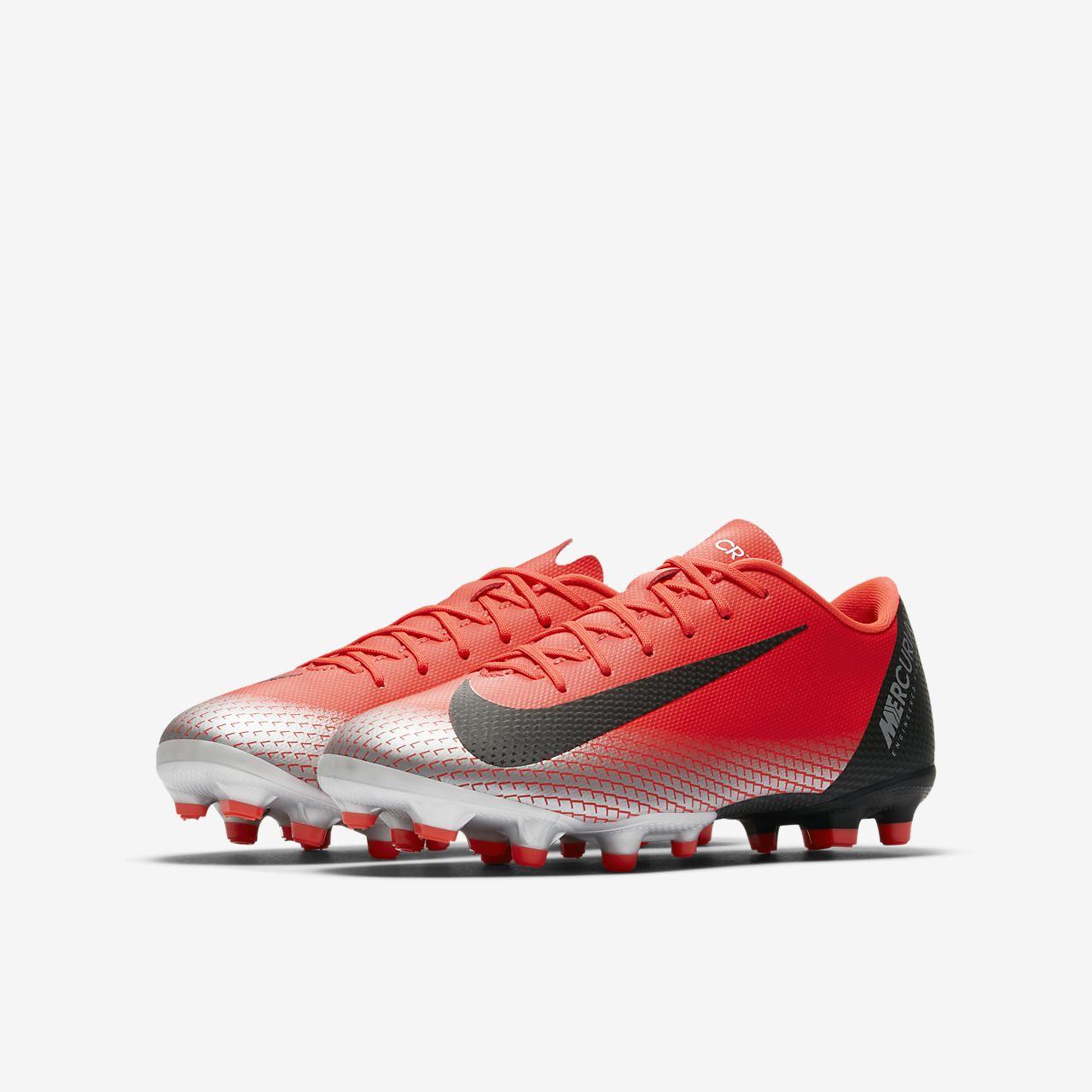 ... Calzado de fútbol para múltiples superficies para niños talla  pequeña grande Nike Jr. Mercurial f1a23c3fec233