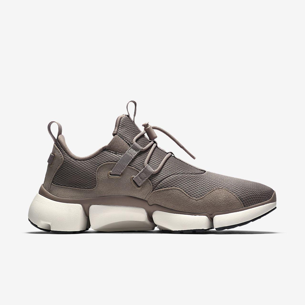 ... Nike Pocketknife DM SE Men's Shoe