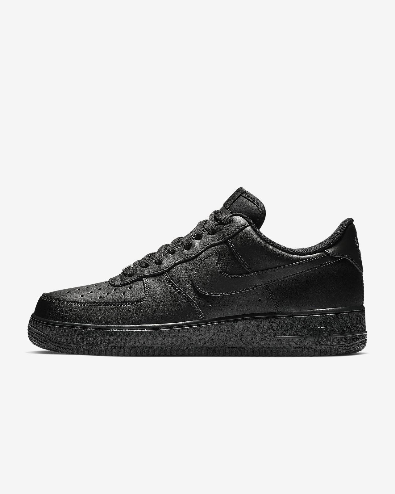 Nike Air Force 1 \u002707 Triple Black Men\u0027s Shoe