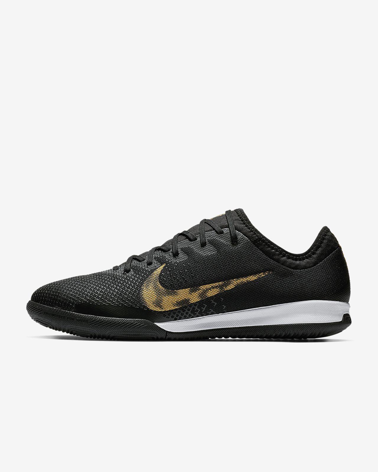 Nike MercurialX Vapor XII Pro Indoor/Court Soccer Shoe