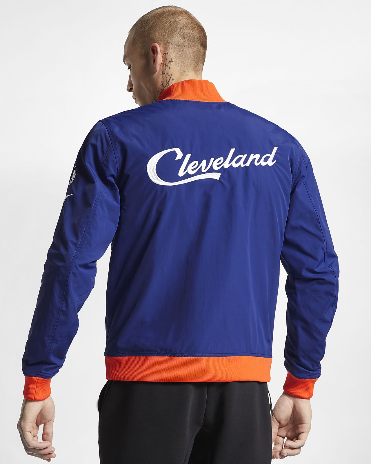 849e04890 Cleveland Cavaliers Nike Courtside Men s NBA Jacket. Nike.com