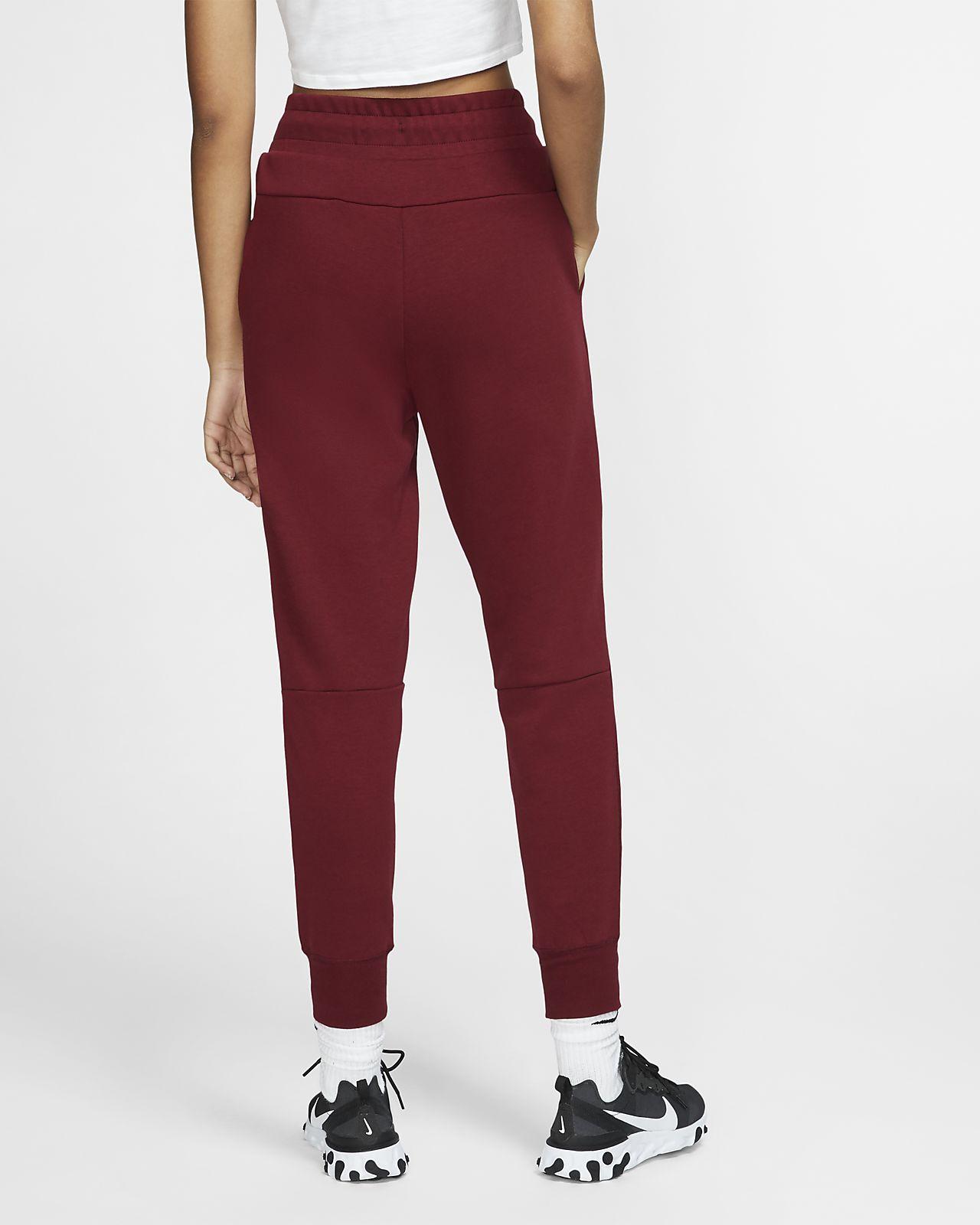 nike sportswear rouge
