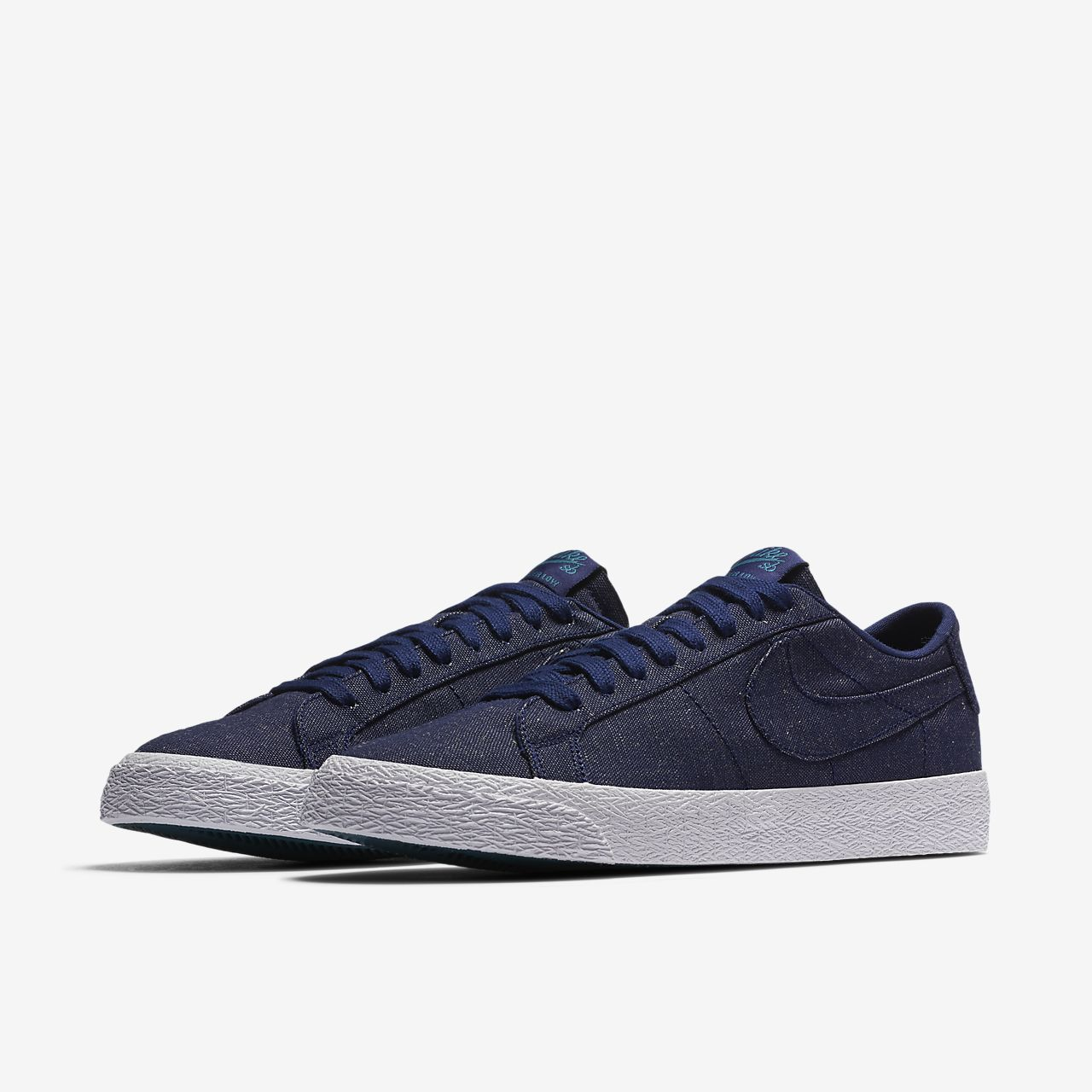 98c409427e35f ... Nike SB Zoom Blazer Low Canvas Deconstructed Men's Skateboarding Shoe