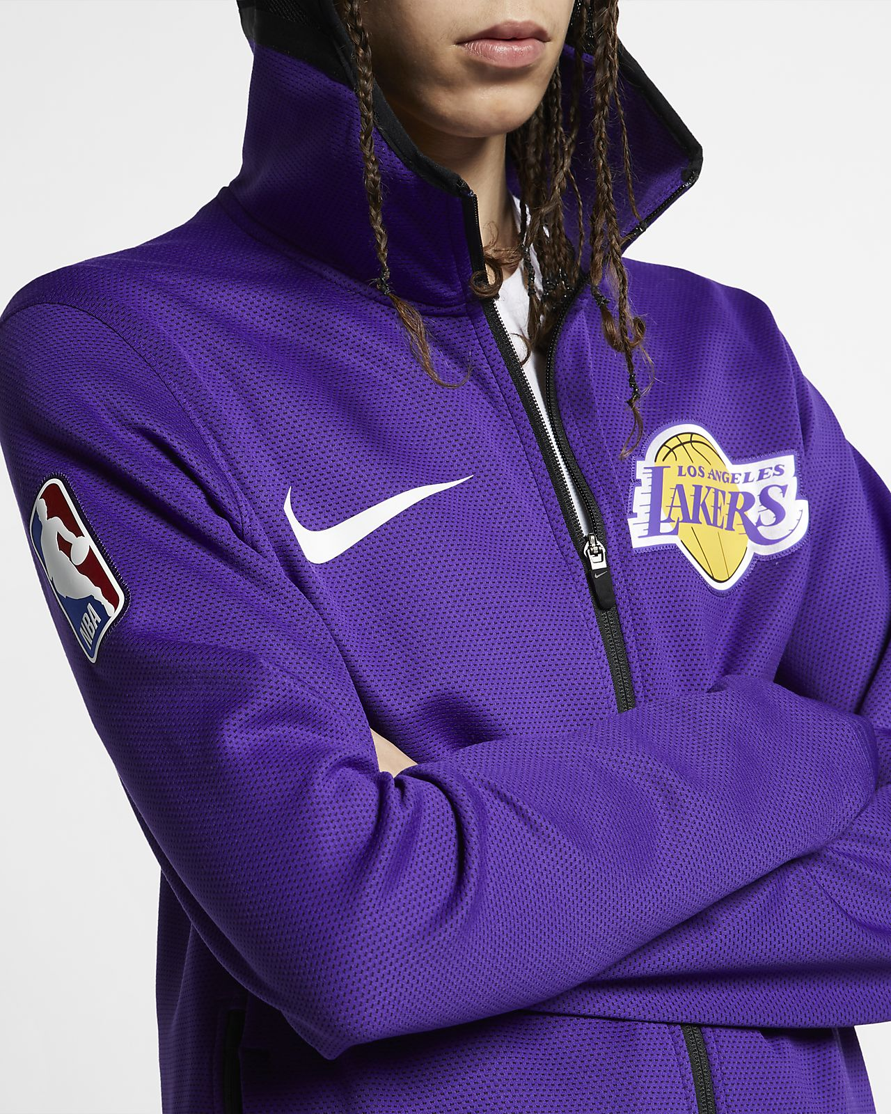 b11ebb79 ... Los Angeles Lakers Nike Therma Flex Showtime NBA-Hoodie für Herren