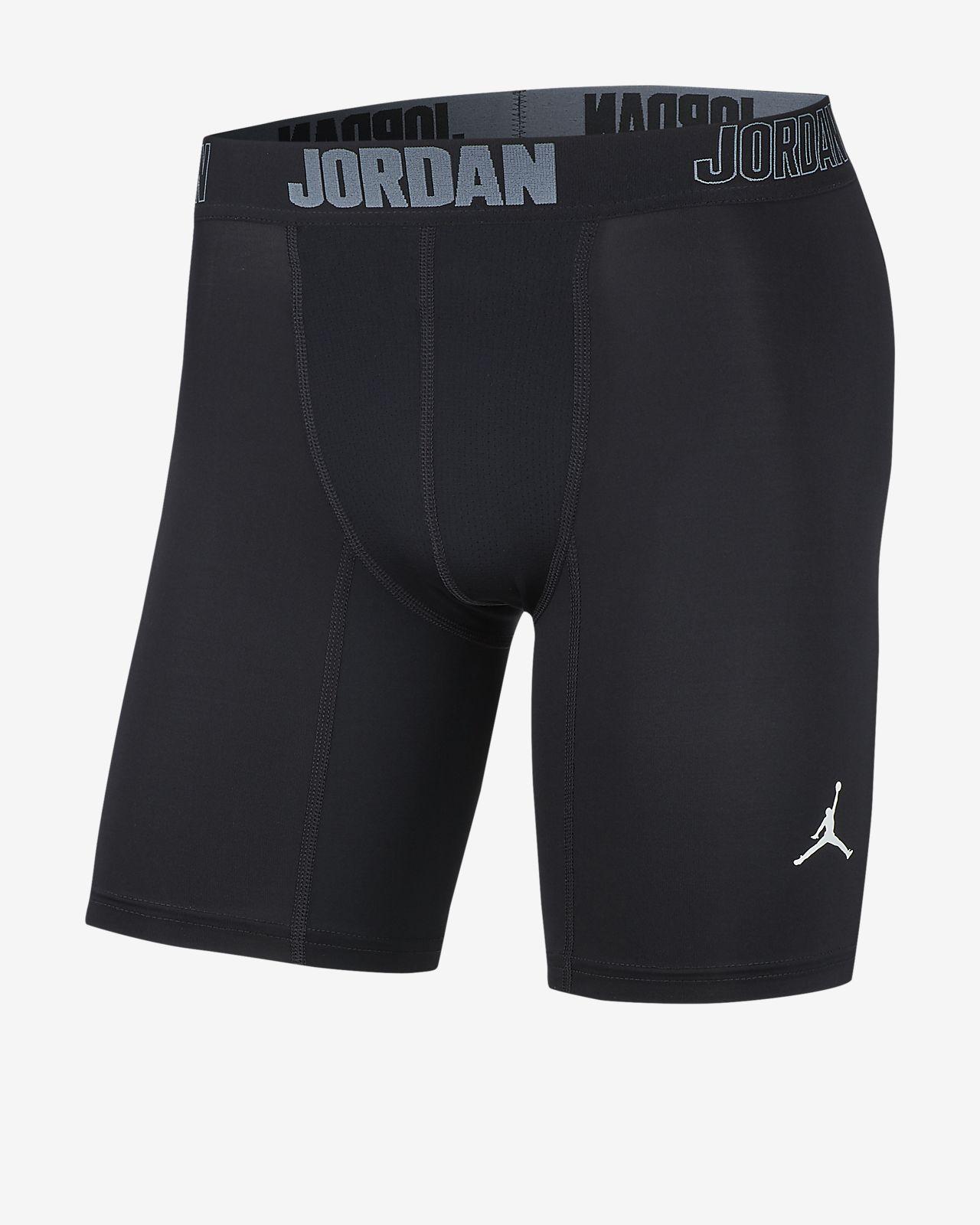กางเกงบาสเก็ตบอลขาสั้น 6 นิ้วผู้ชาย Jordan Alpha