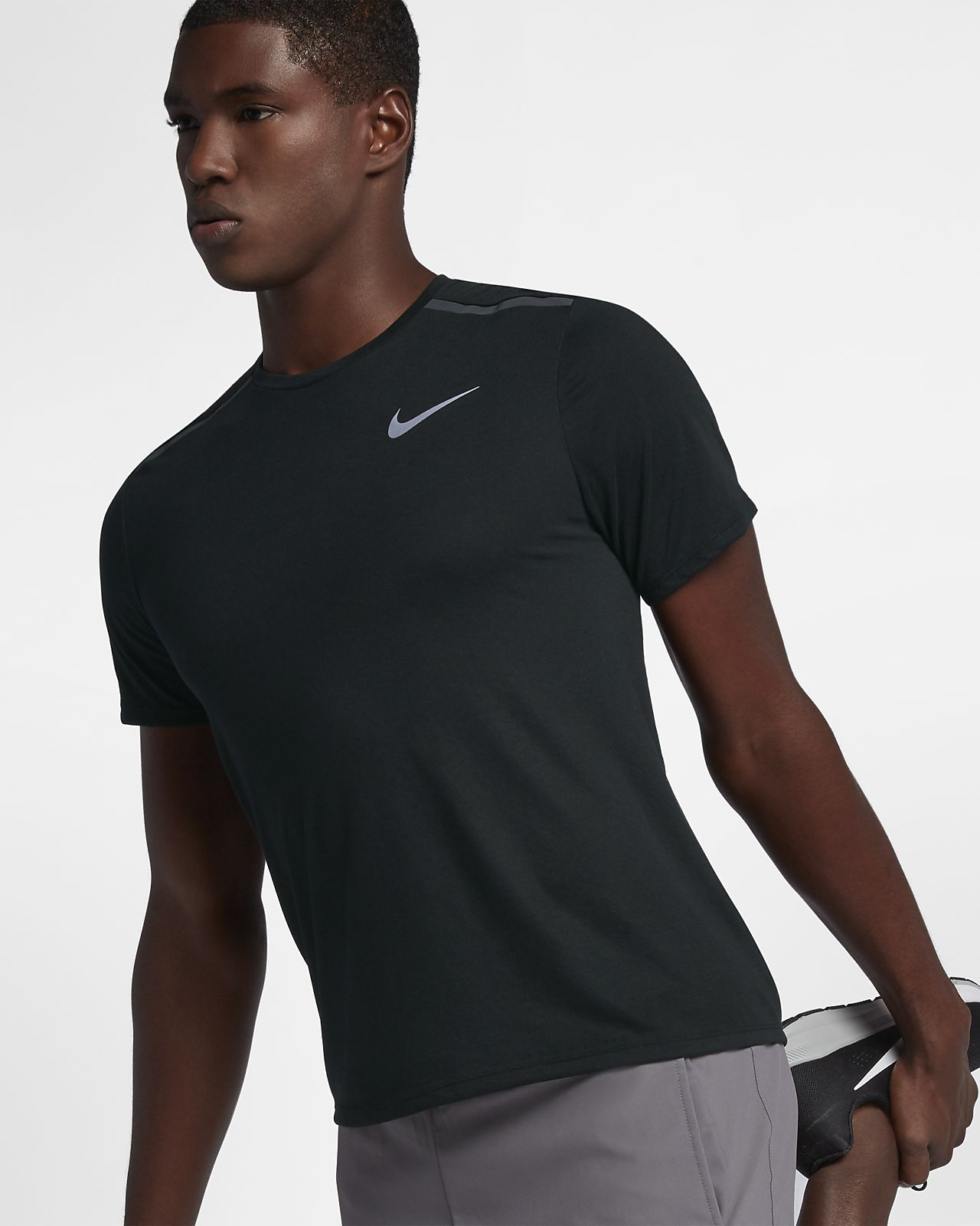 2652af834 Nike Dri-FIT Rise 365 Men s Short-Sleeve Running Top. Nike.com GB