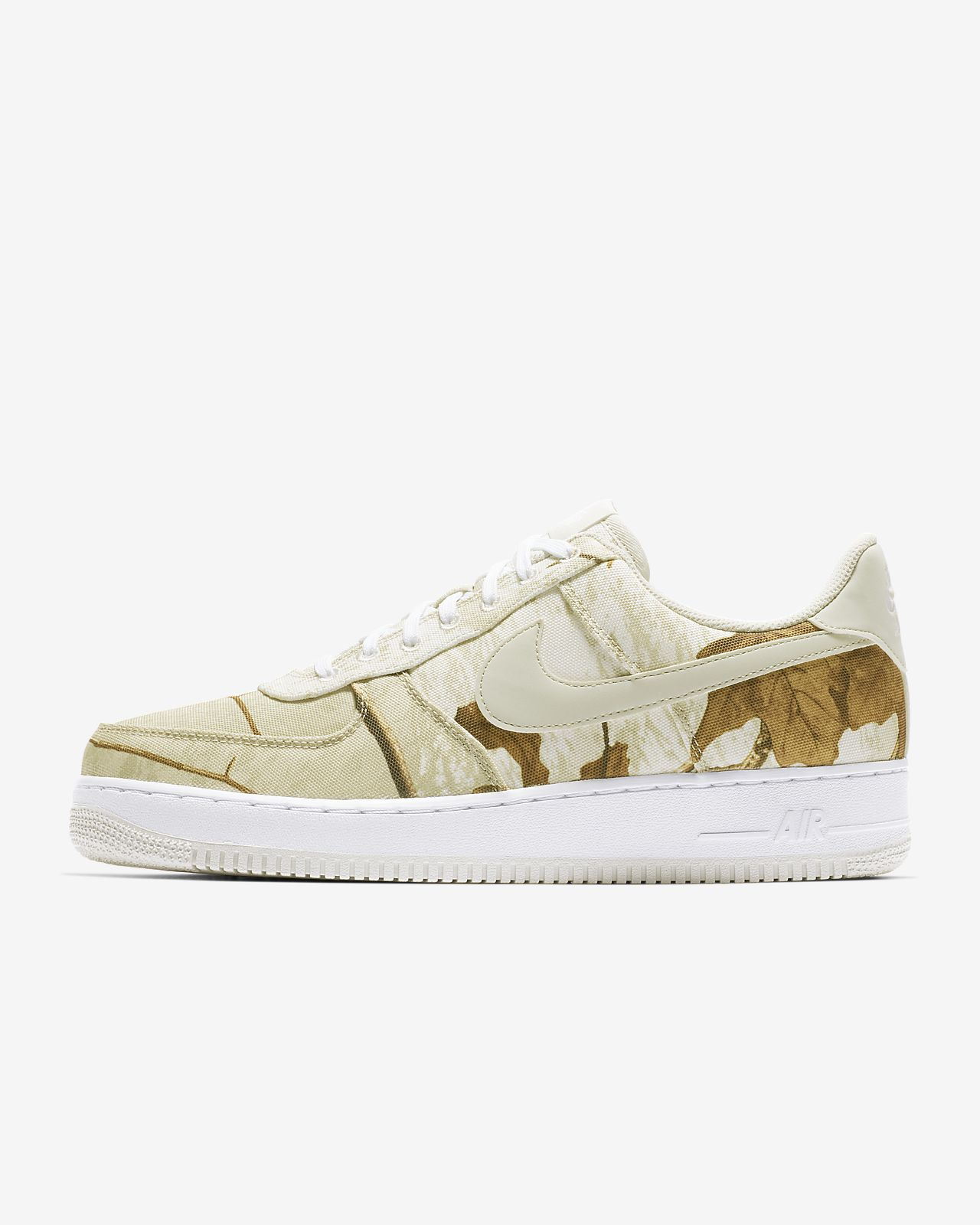 new product 532c2 17658 Men s Shoe. Nike Air Force 1  07 LV8 3 Realtree®. €110