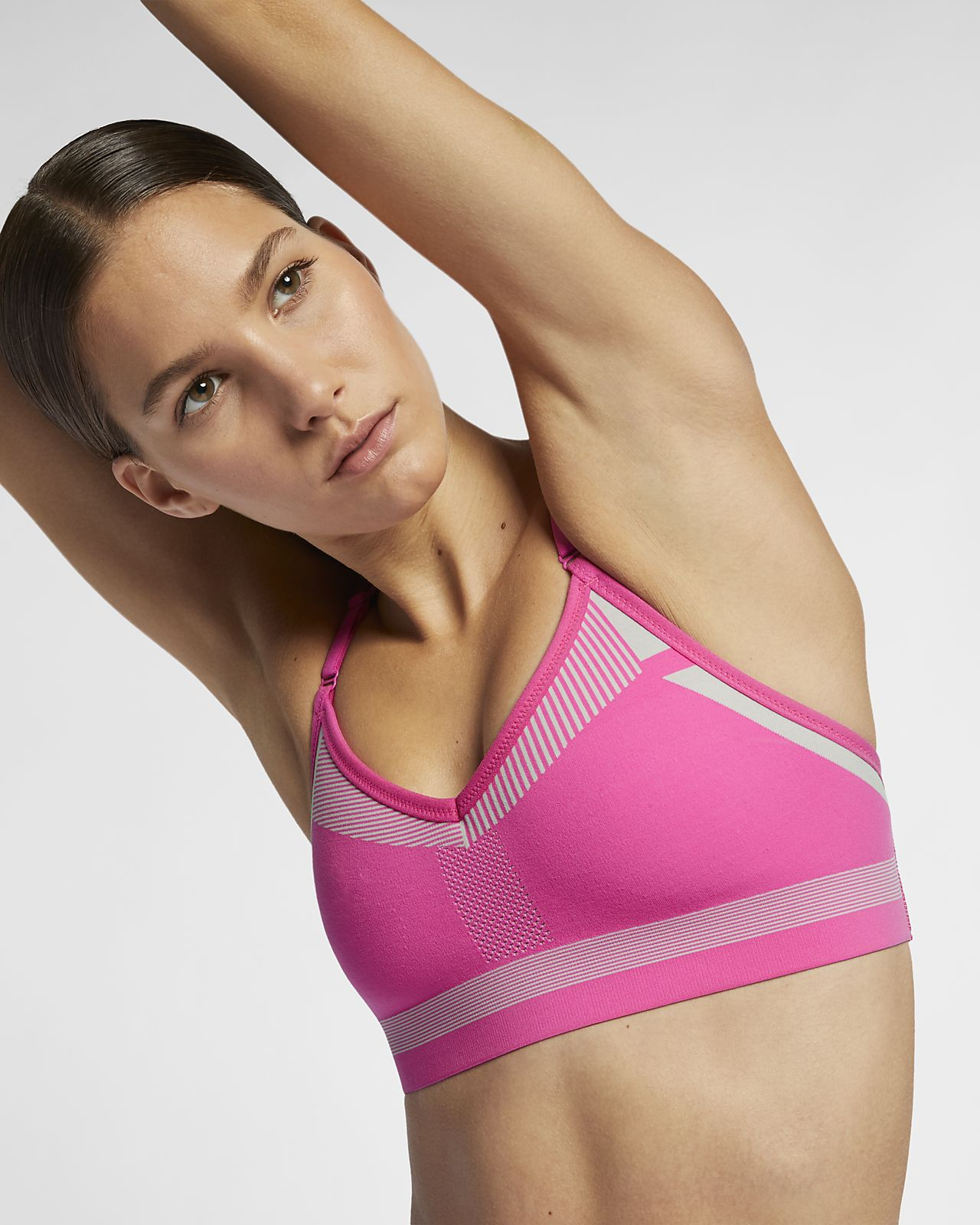 ac0f90200d4c4 Nike Flyknit Indy Women s Medium Support Sports Bra. Nike.com