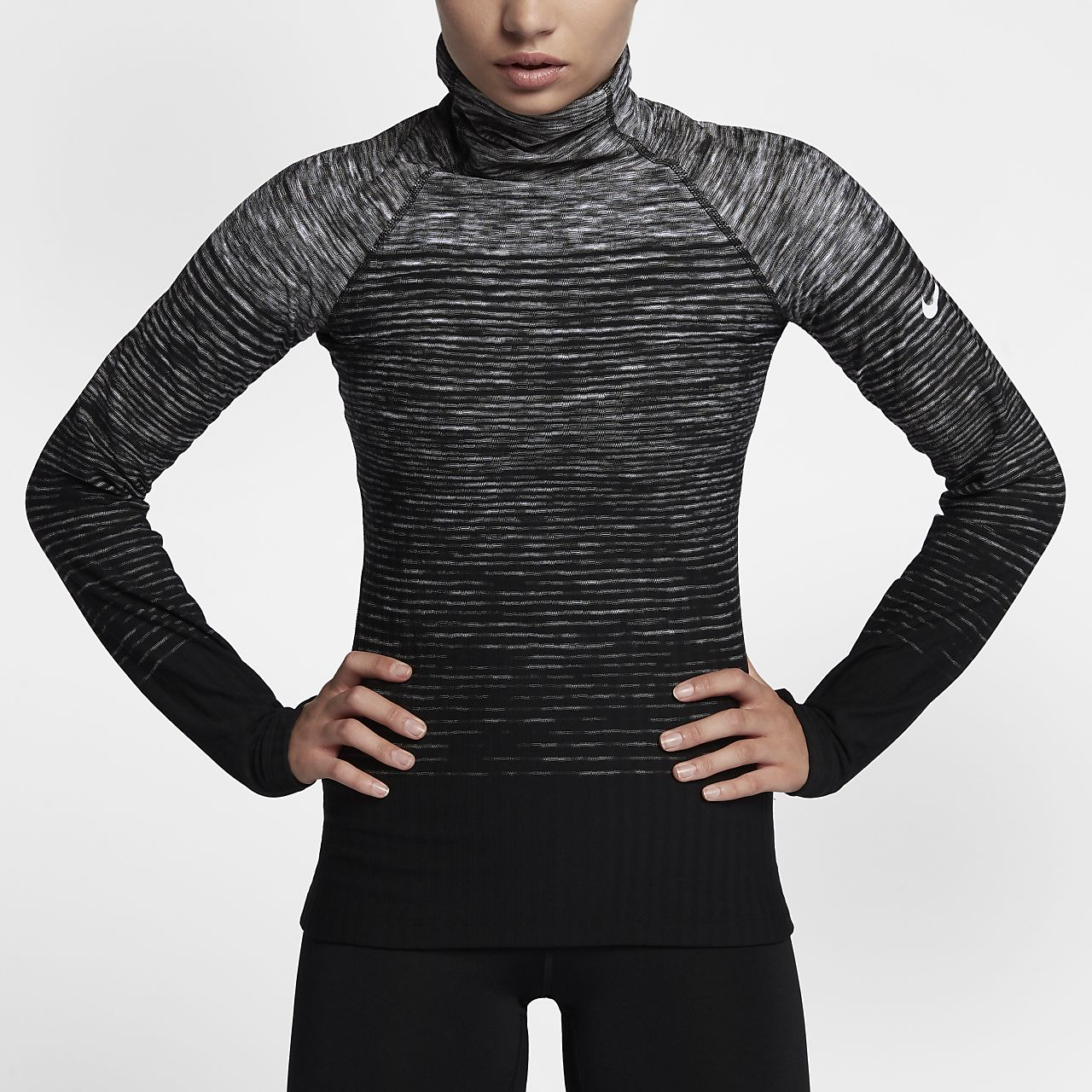 เสื้อเทรนนิ่งแขนยาวผู้หญิง Nike Pro HyperWarm