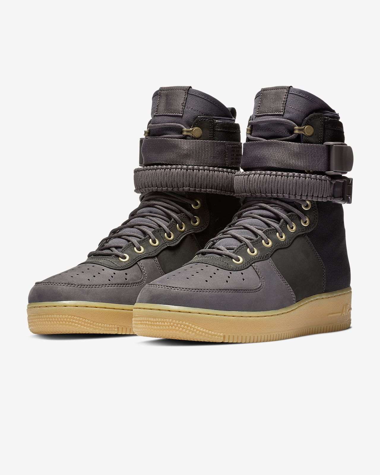 size 40 5d2ac 020eb Nike SF Air Force 1 Premium Men's Shoe