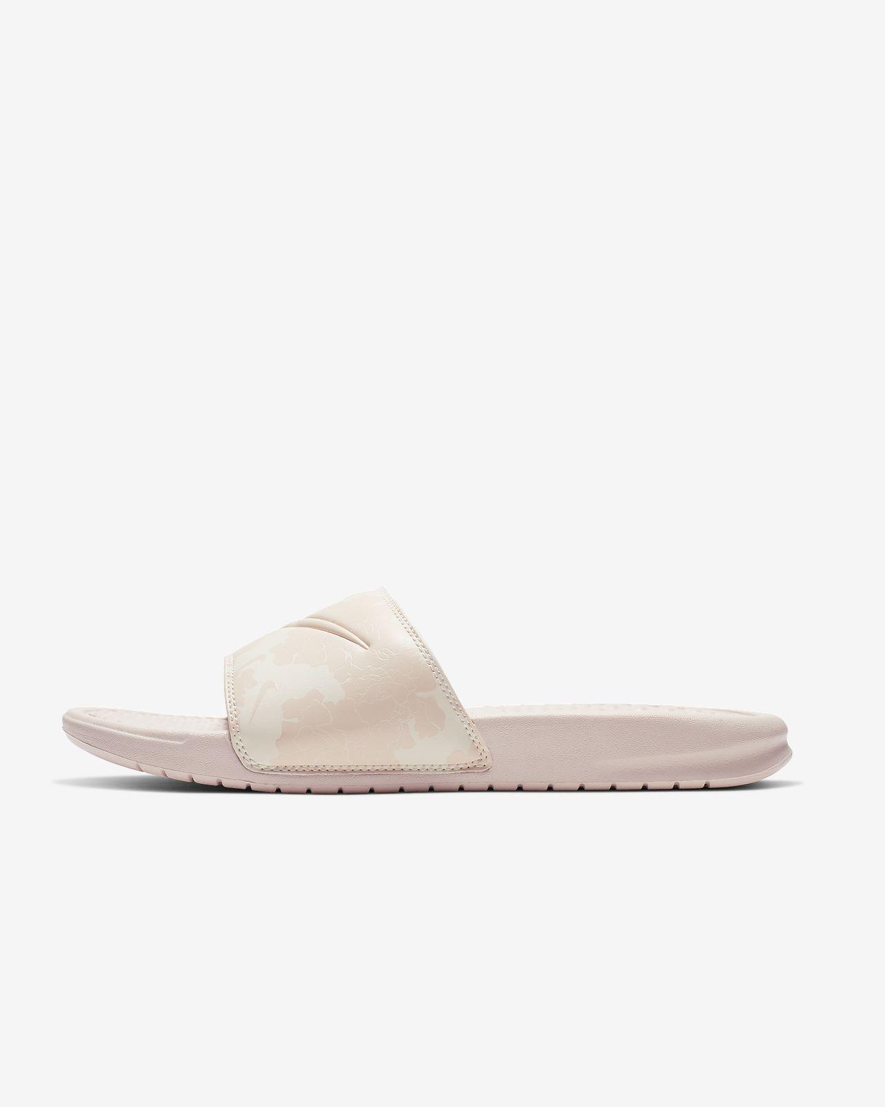 outlet store 6a8de 7c086 ... Badtoffel Nike Benassi JDI Floral för kvinnor