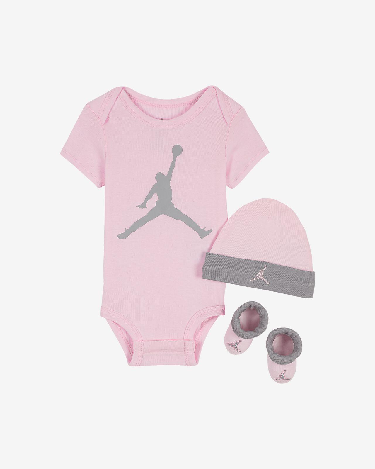 09f22aeb7 Jordan Infant 3-Piece Set. Nike.com