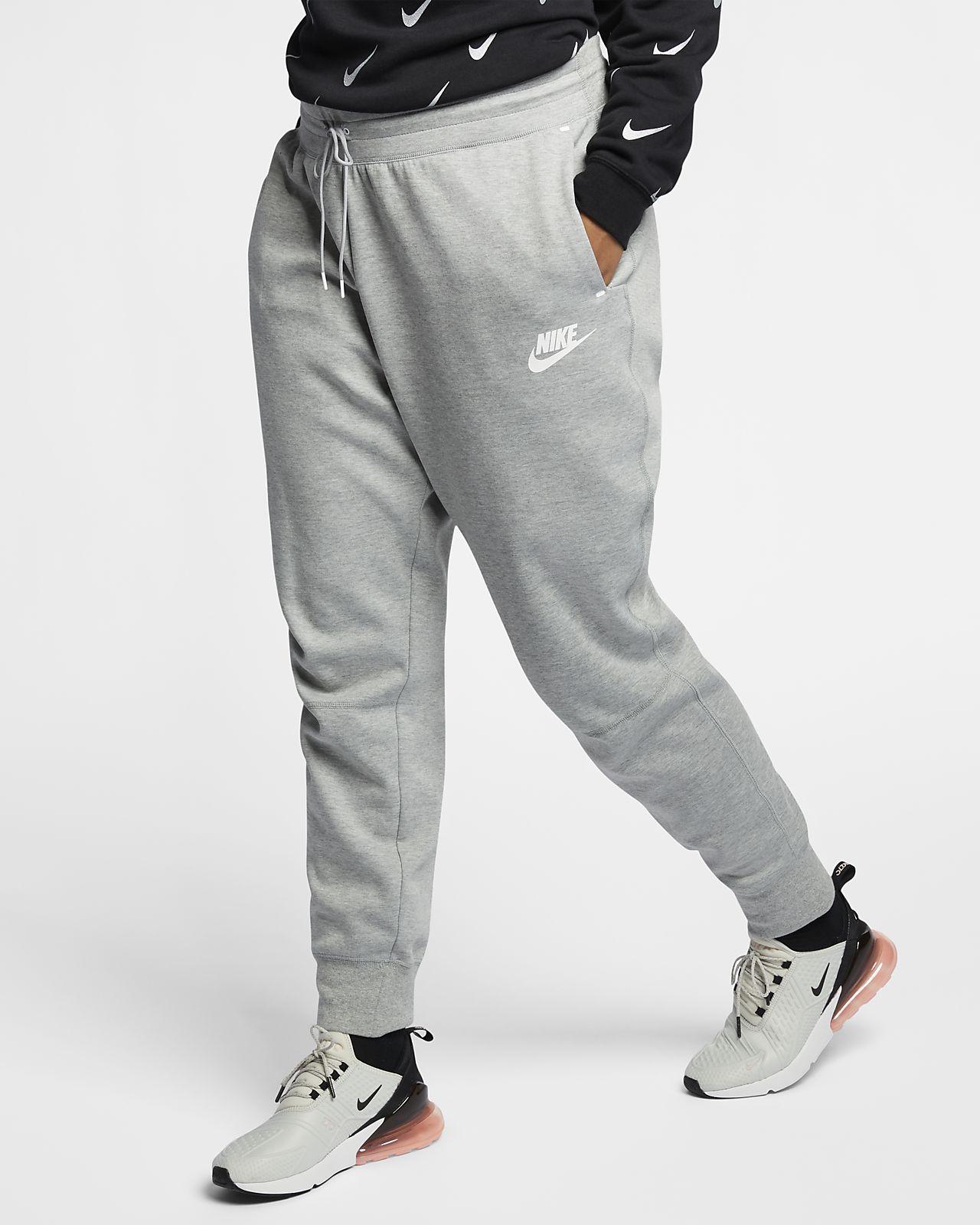ce3bf44fcad78 Pantalones para mujer talla grande Nike Sportswear Tech Fleece. Nike ...